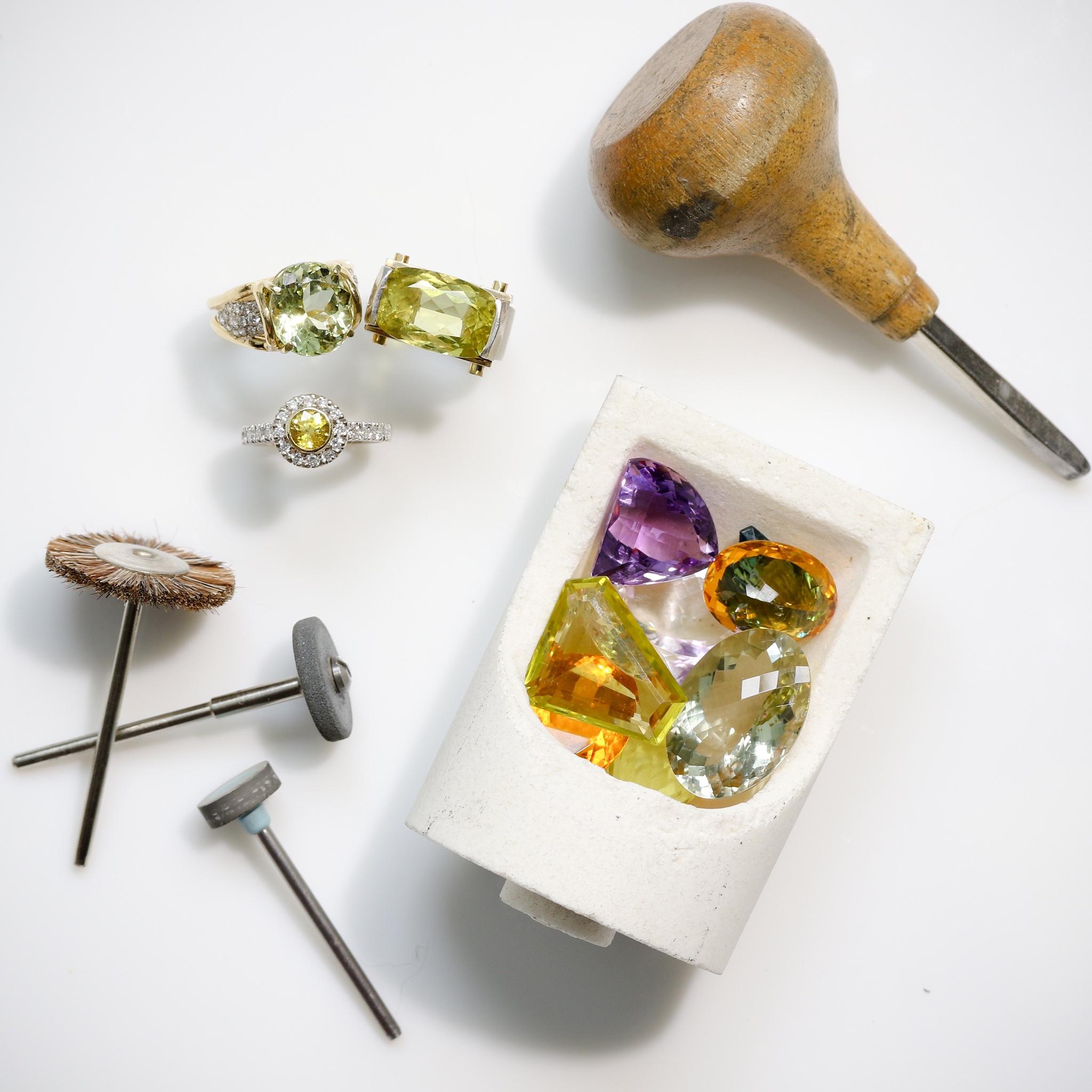 rings.gemstones.jpeg