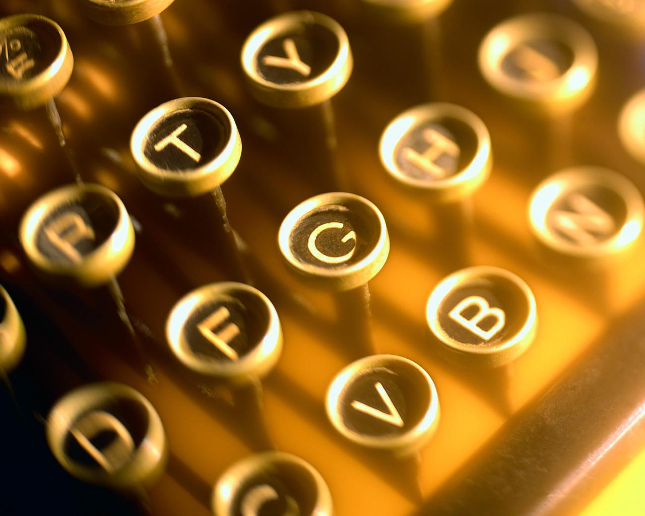 typewriterkeys2.jpg