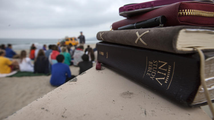 Photo from   The Los Angeles Times  story  on Pepperdine's surf chapels.