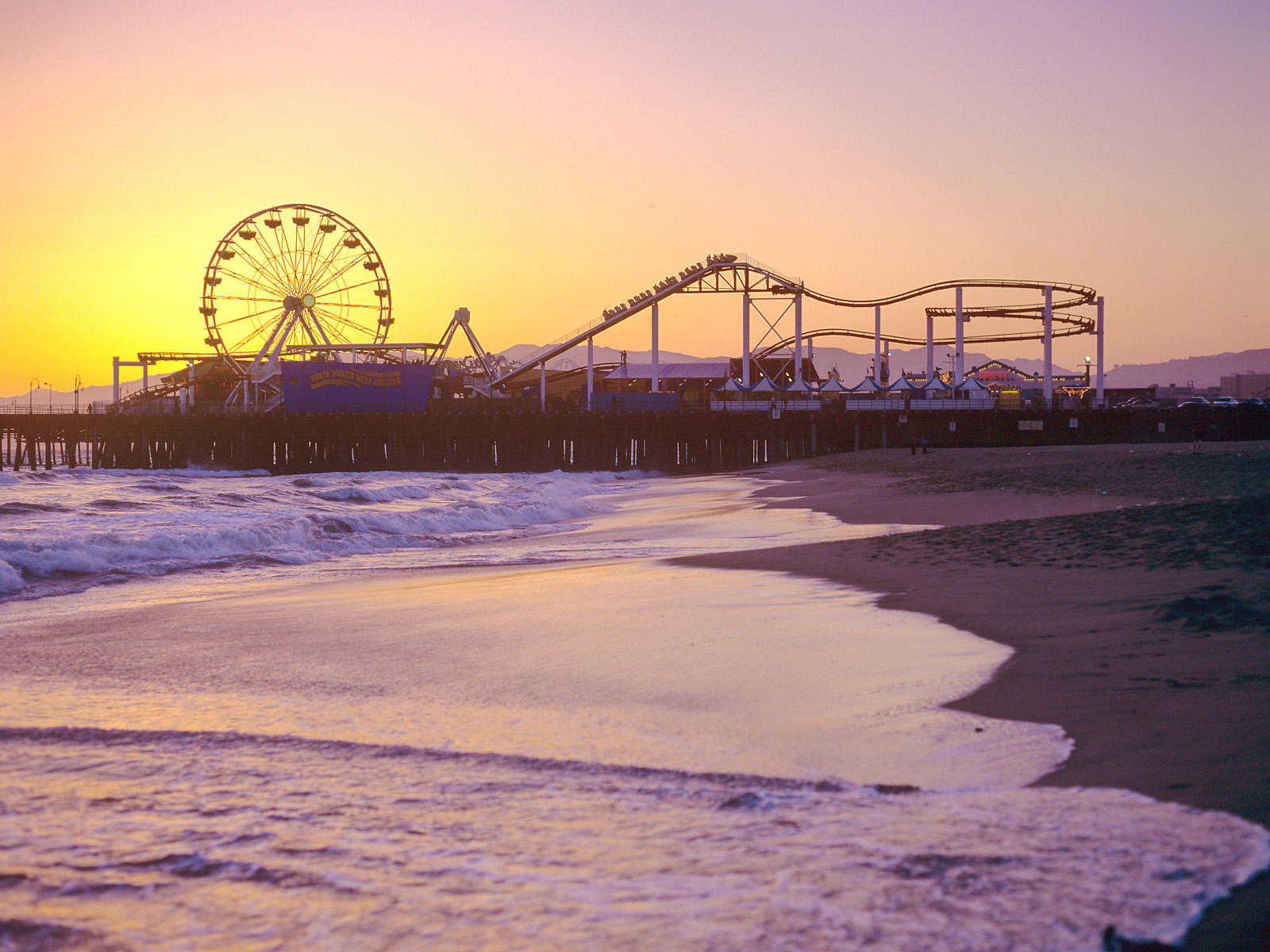 santa-monica-pier-california.jpg