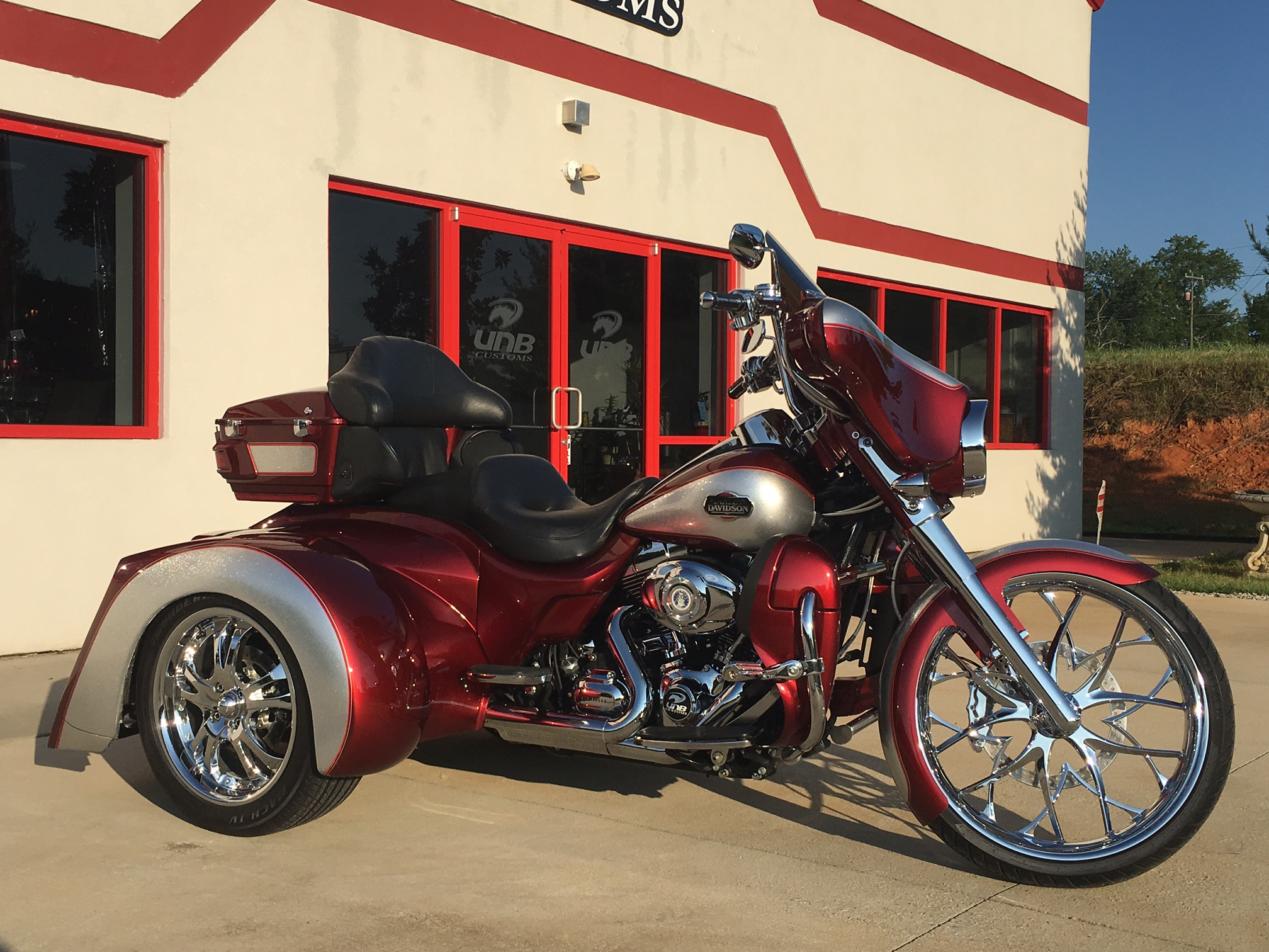 Harley transformer trike red
