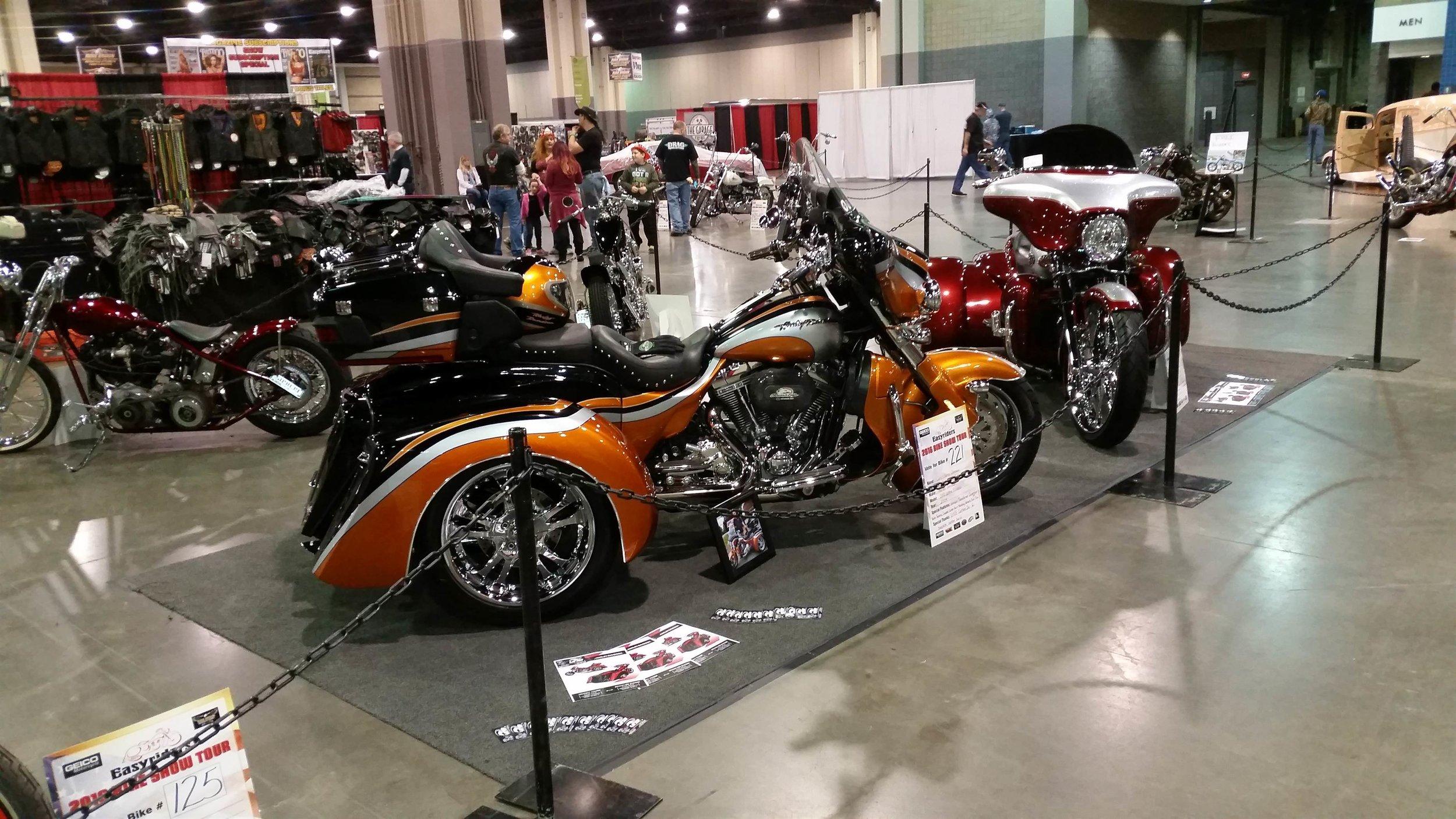 custom harley trike independent suspension