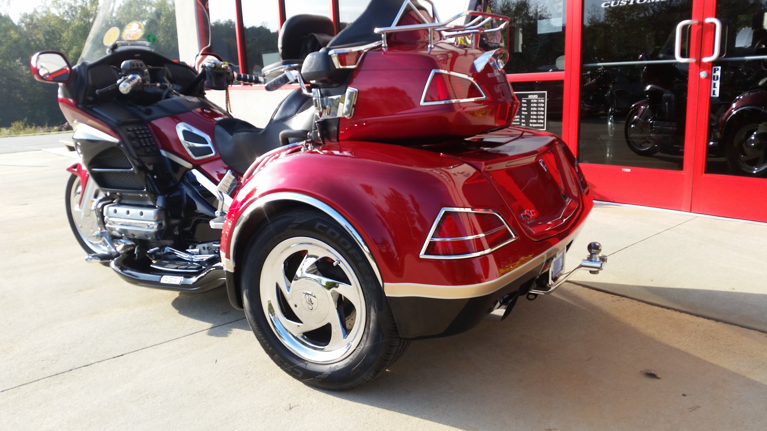 Goldwing trike repaired and painted