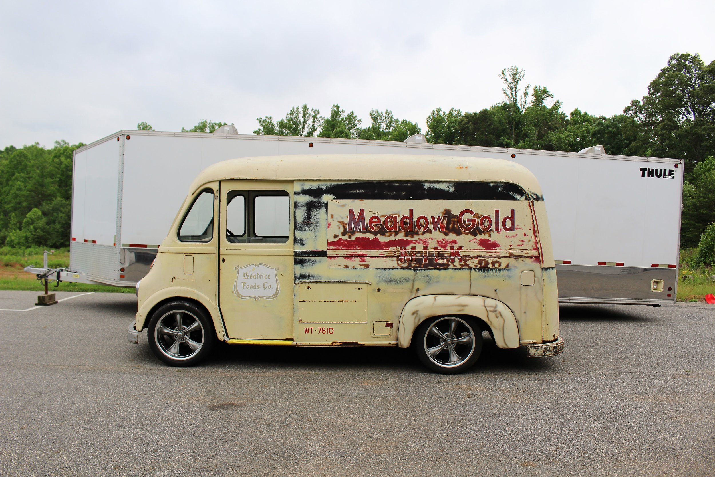 Daves custom metro food truck