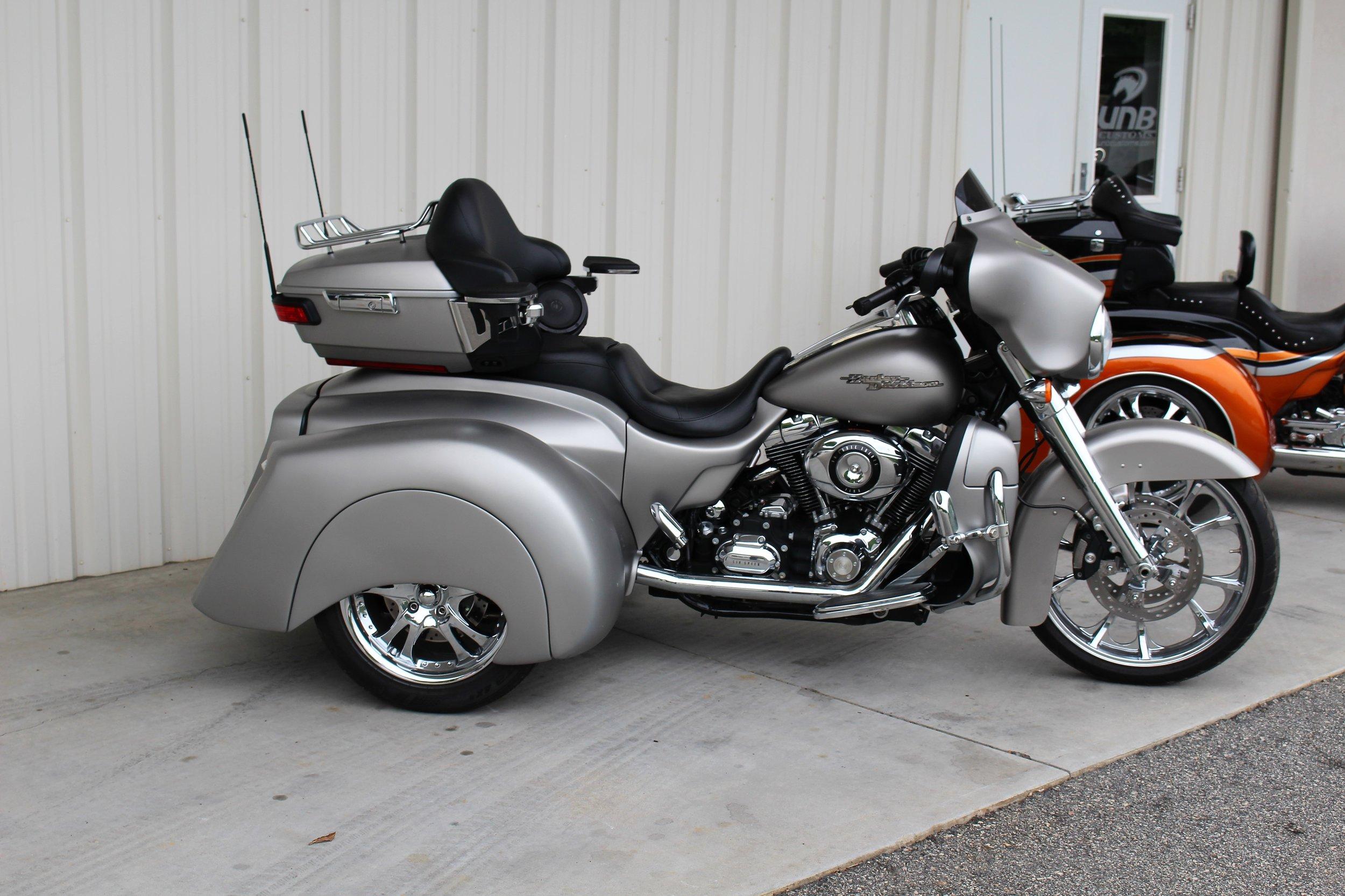 Harley Davidson transformer trike touring built