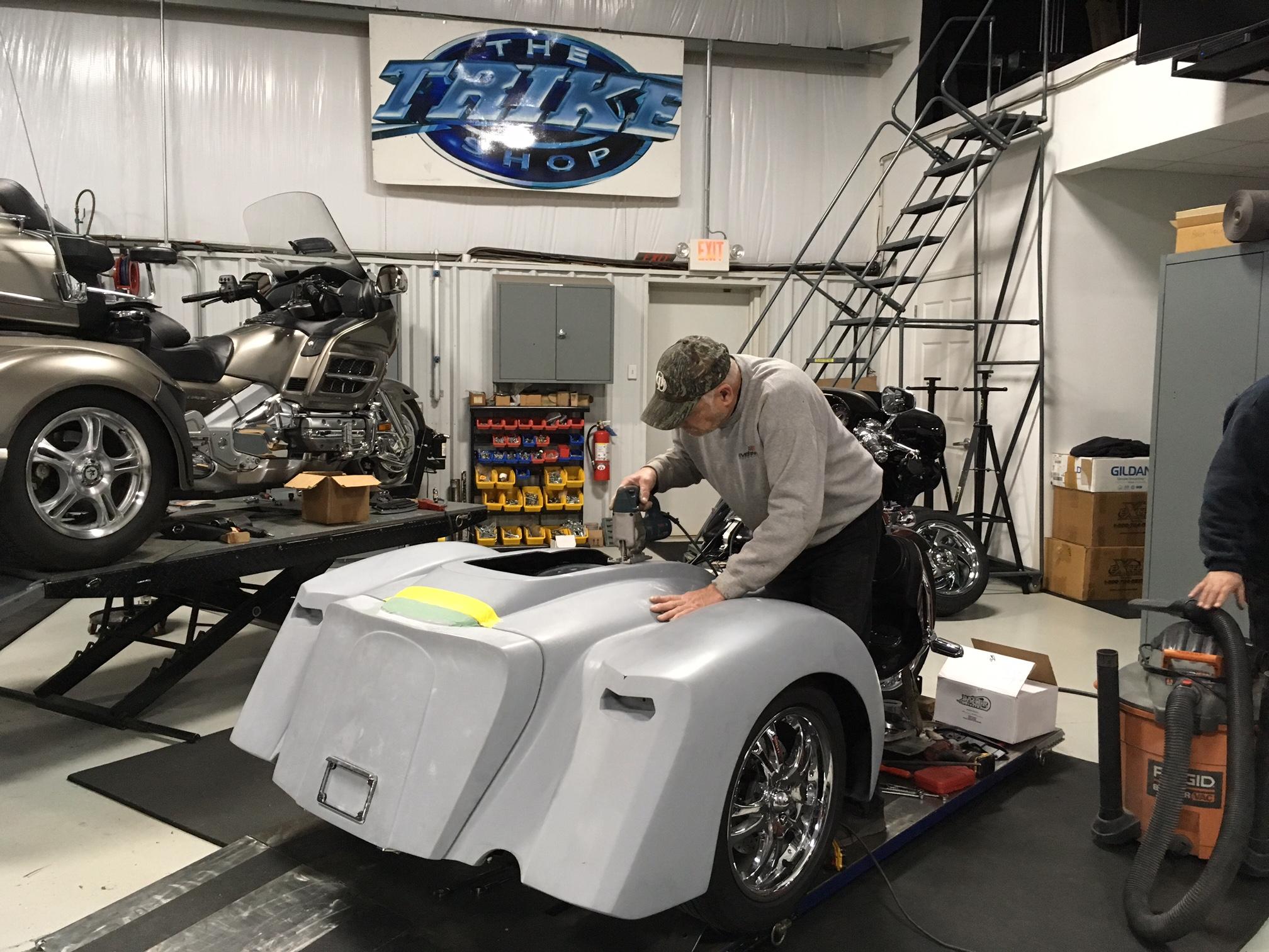 trike body installation Harley Davidson
