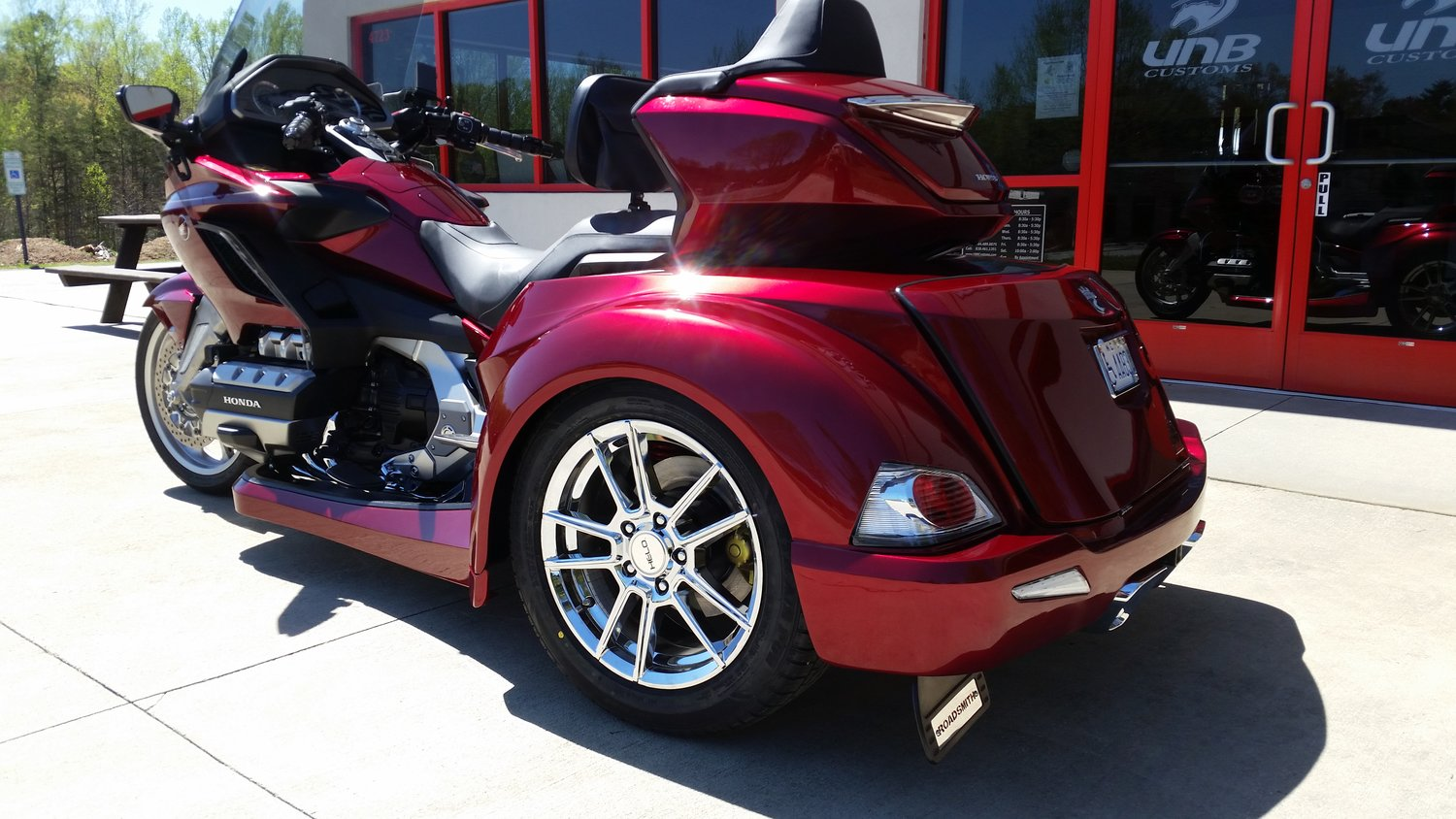 2018 goldwing trike red