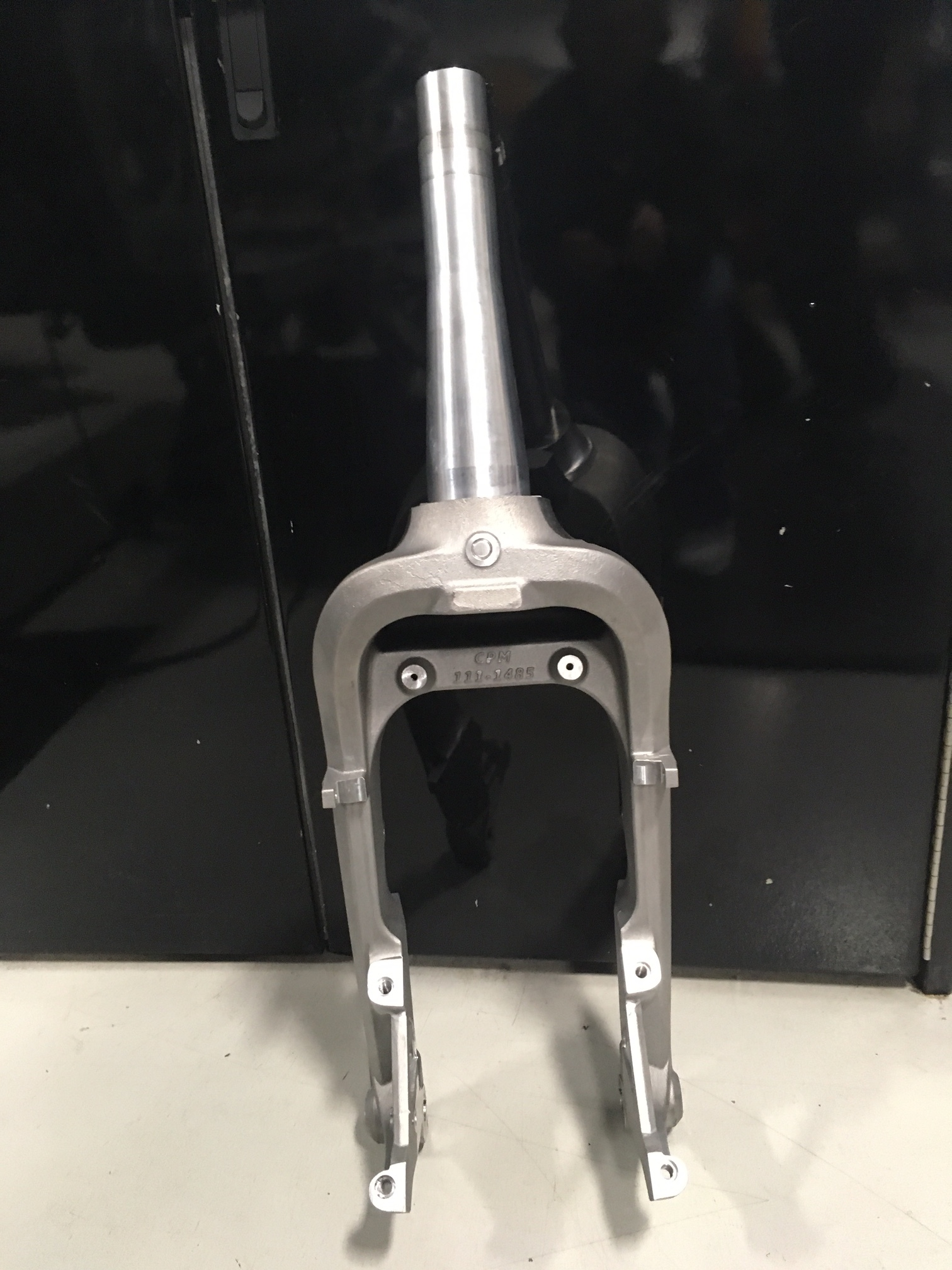 Goldwing 1800 trike fork assembly