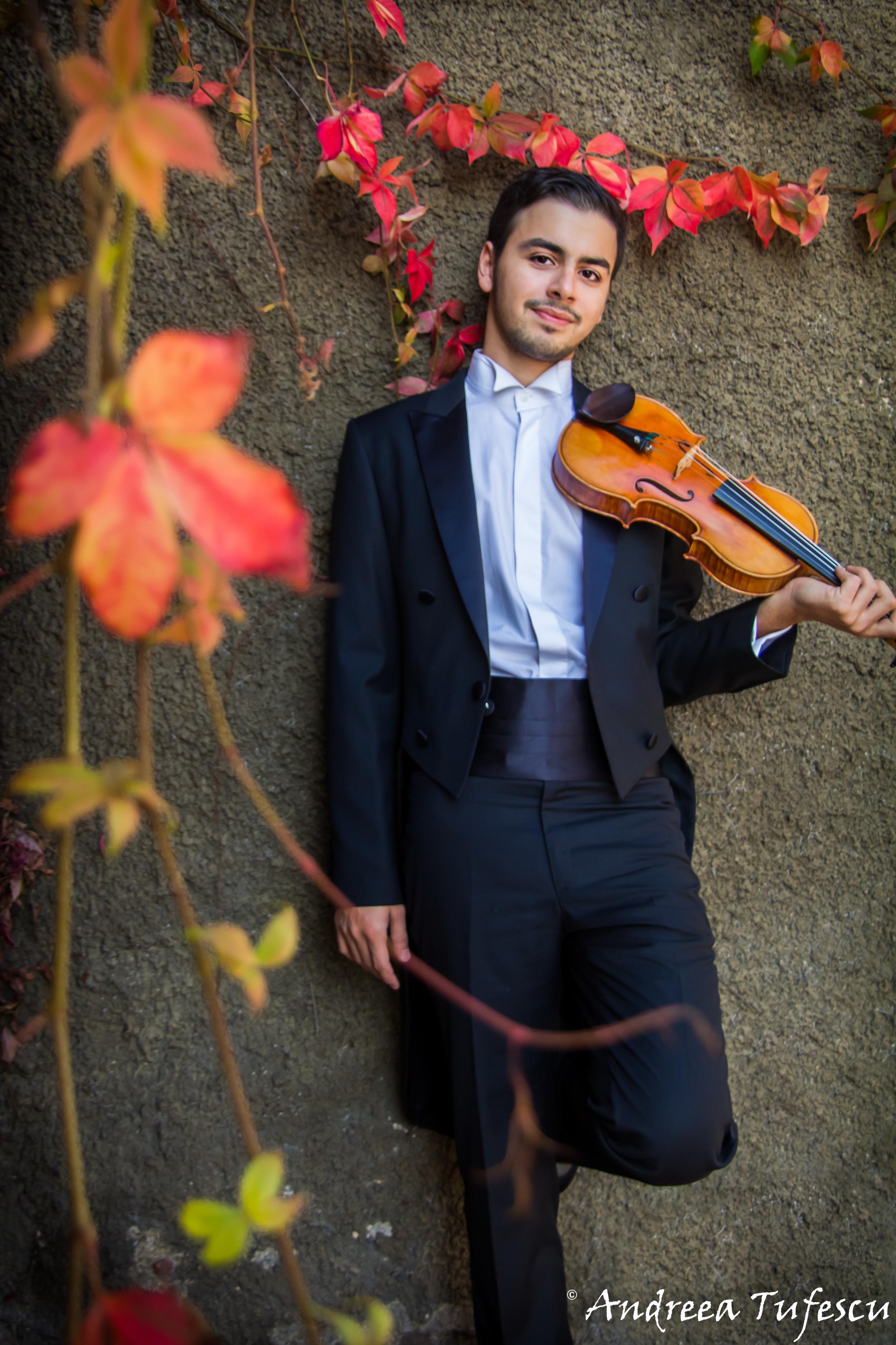 Violinist EMRE ENGIN