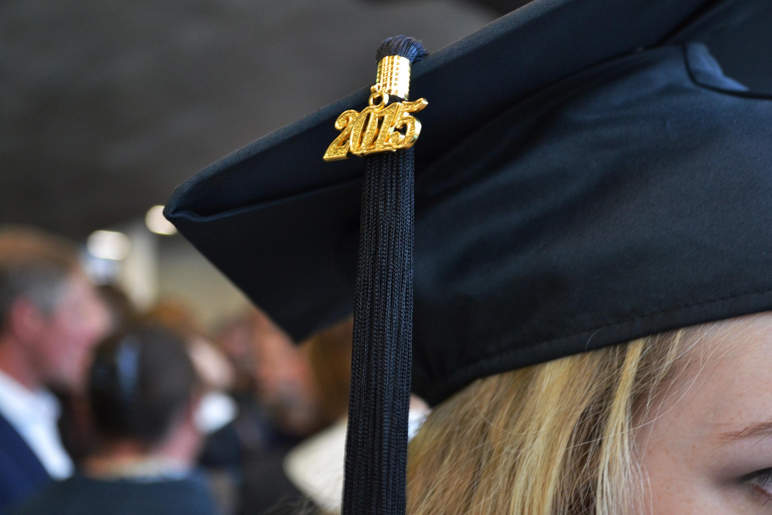 London Graduation Photography - hat