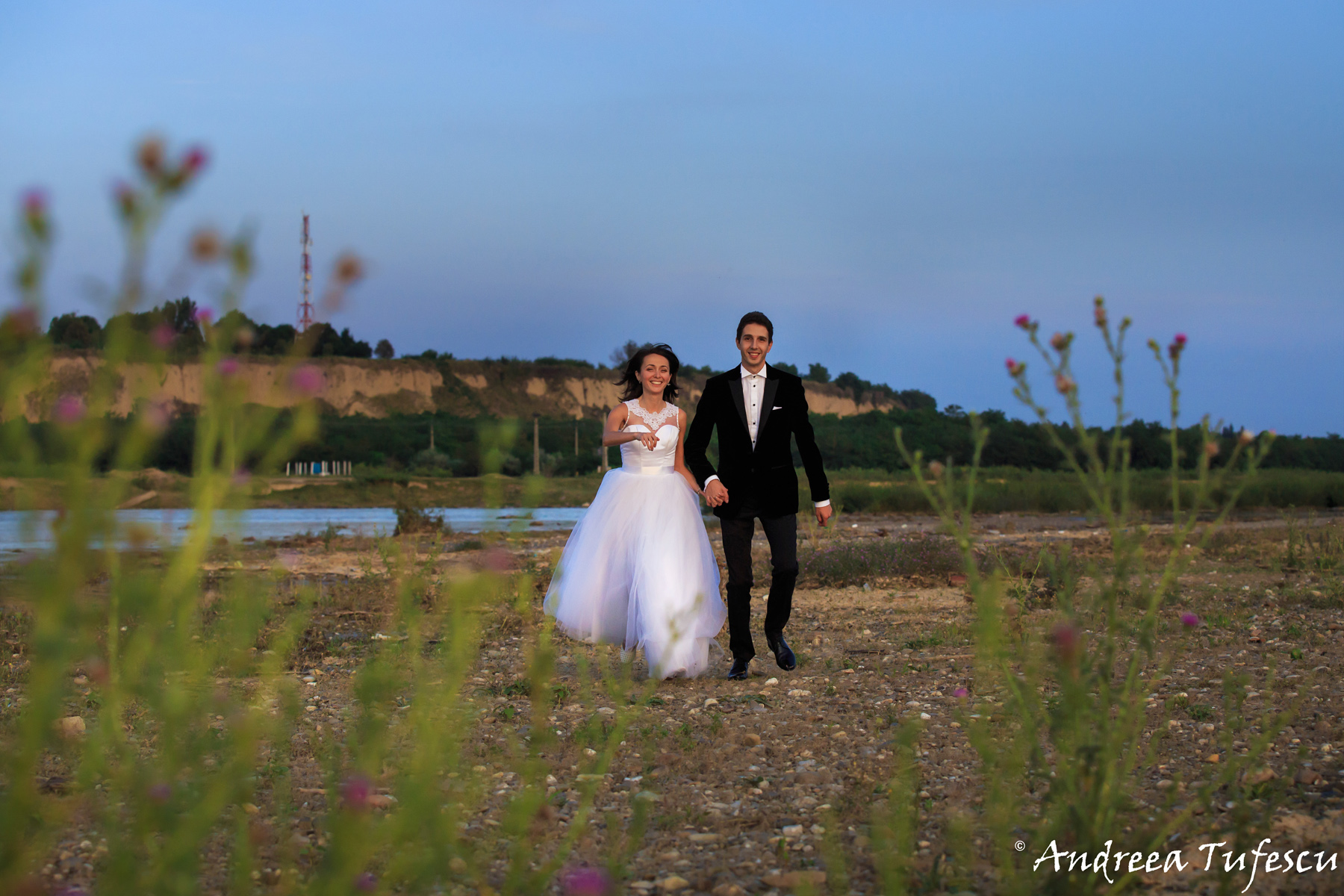 Wedding Photography by Andreea Tufescu - A & E Trash the Dress - Rock the Frock session Romania