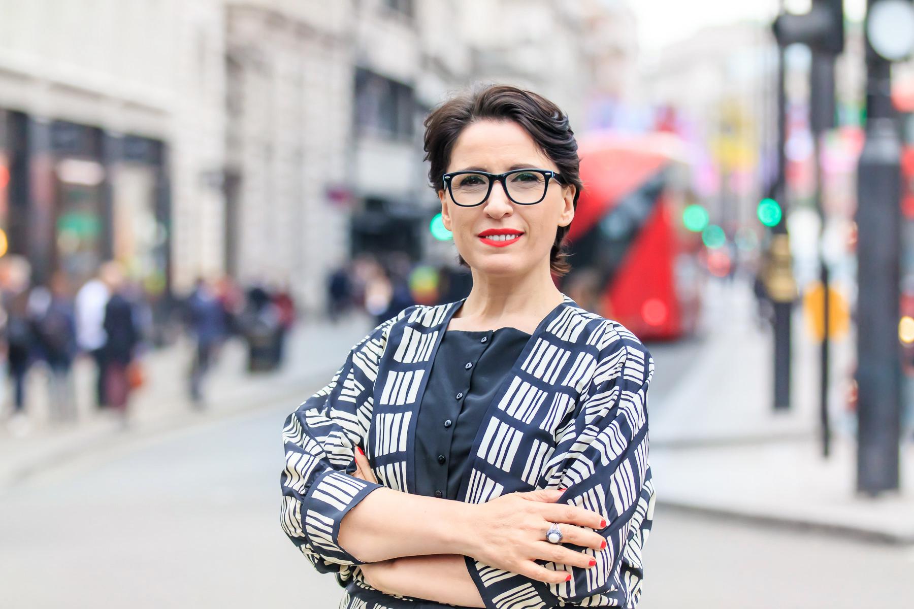 Business Portraits by Andreea Tufescu Photography - Business Women - Global Woman founder Mirela Sula