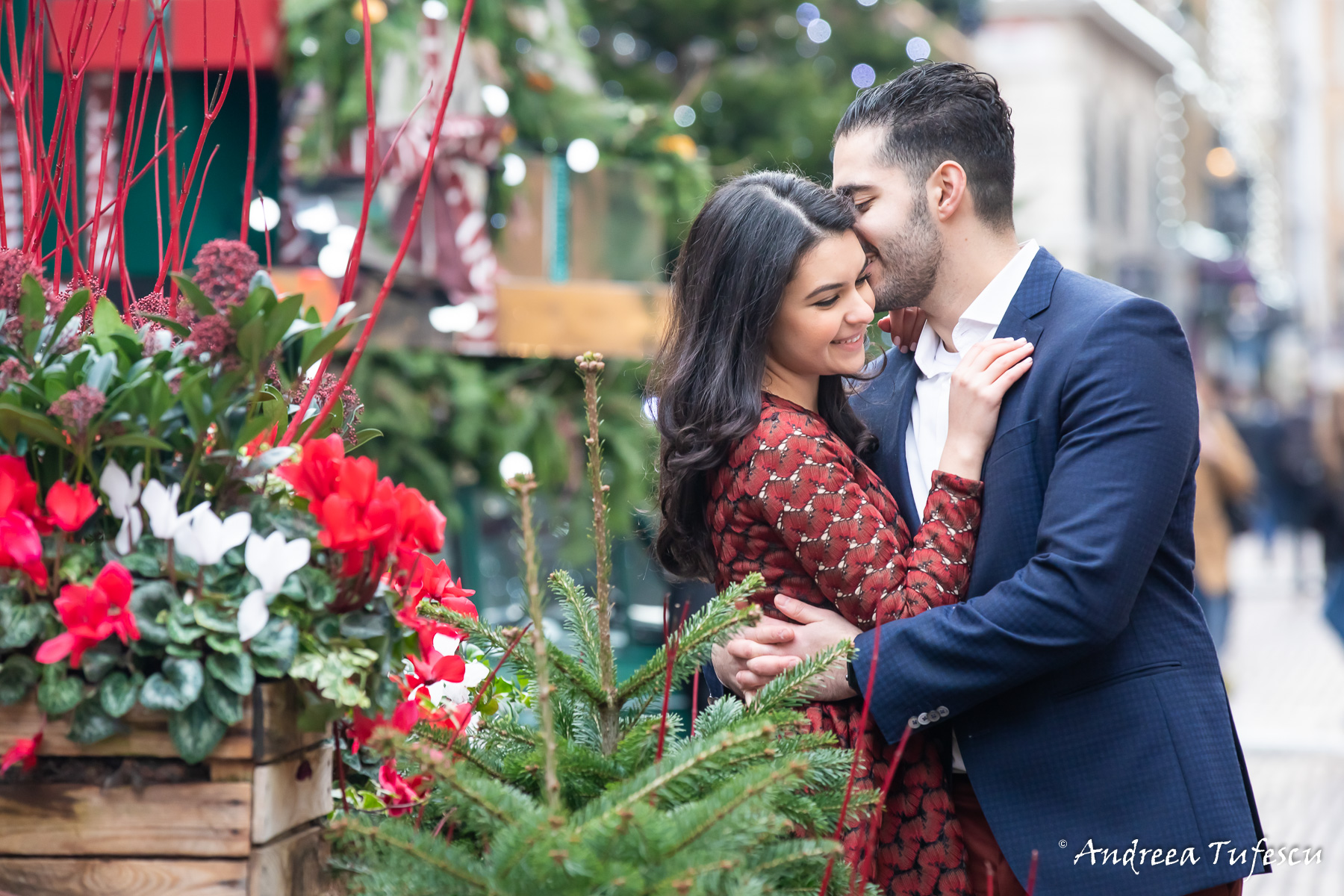 Yuliya & Hayk Engagement Photoshoot Central London - images by Andreea Tufescu