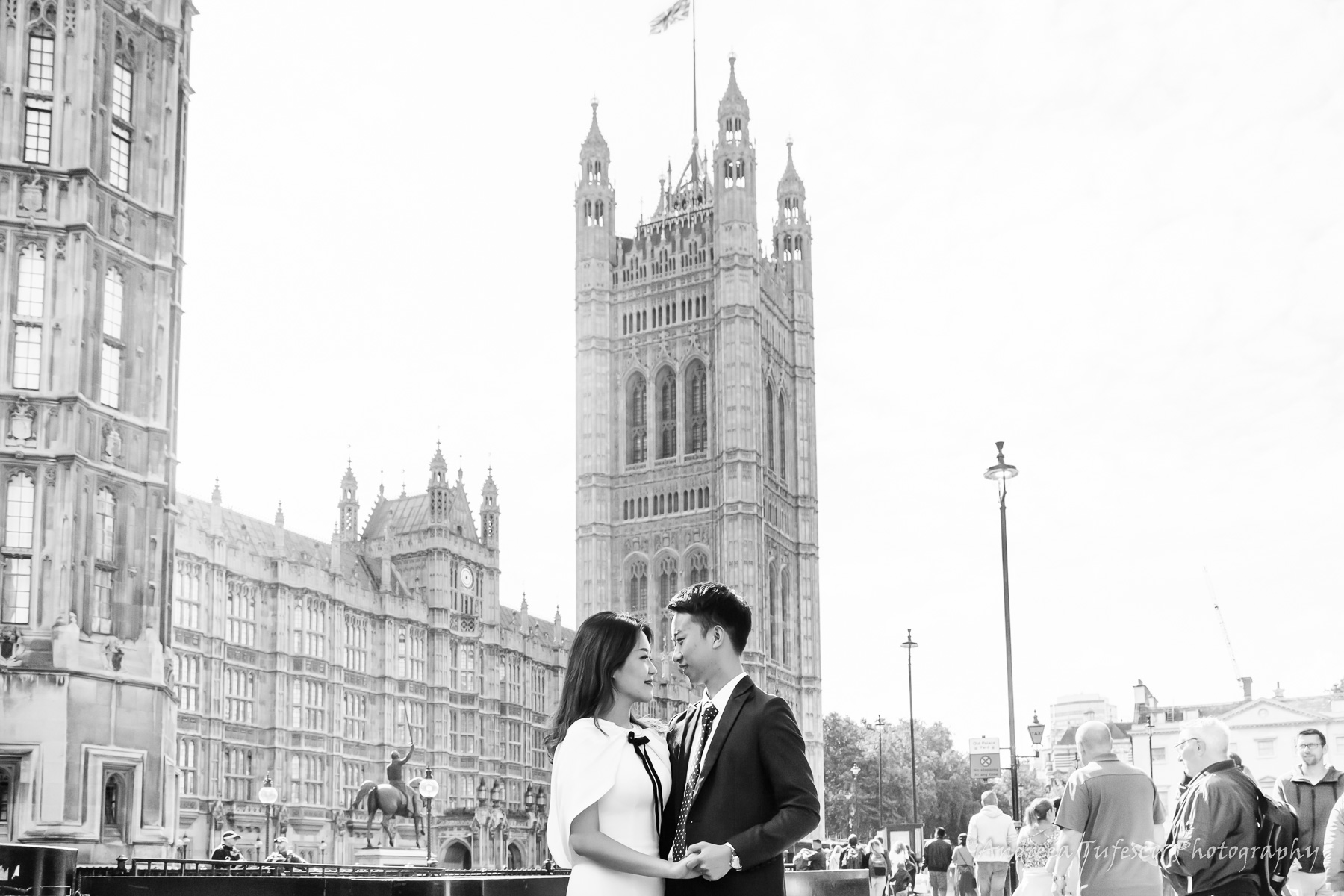 Wedding and Engagement Photography by Andreea Tufescu - C & E Engagement - PreWedding Photoshoot Central London Trafalgar Square