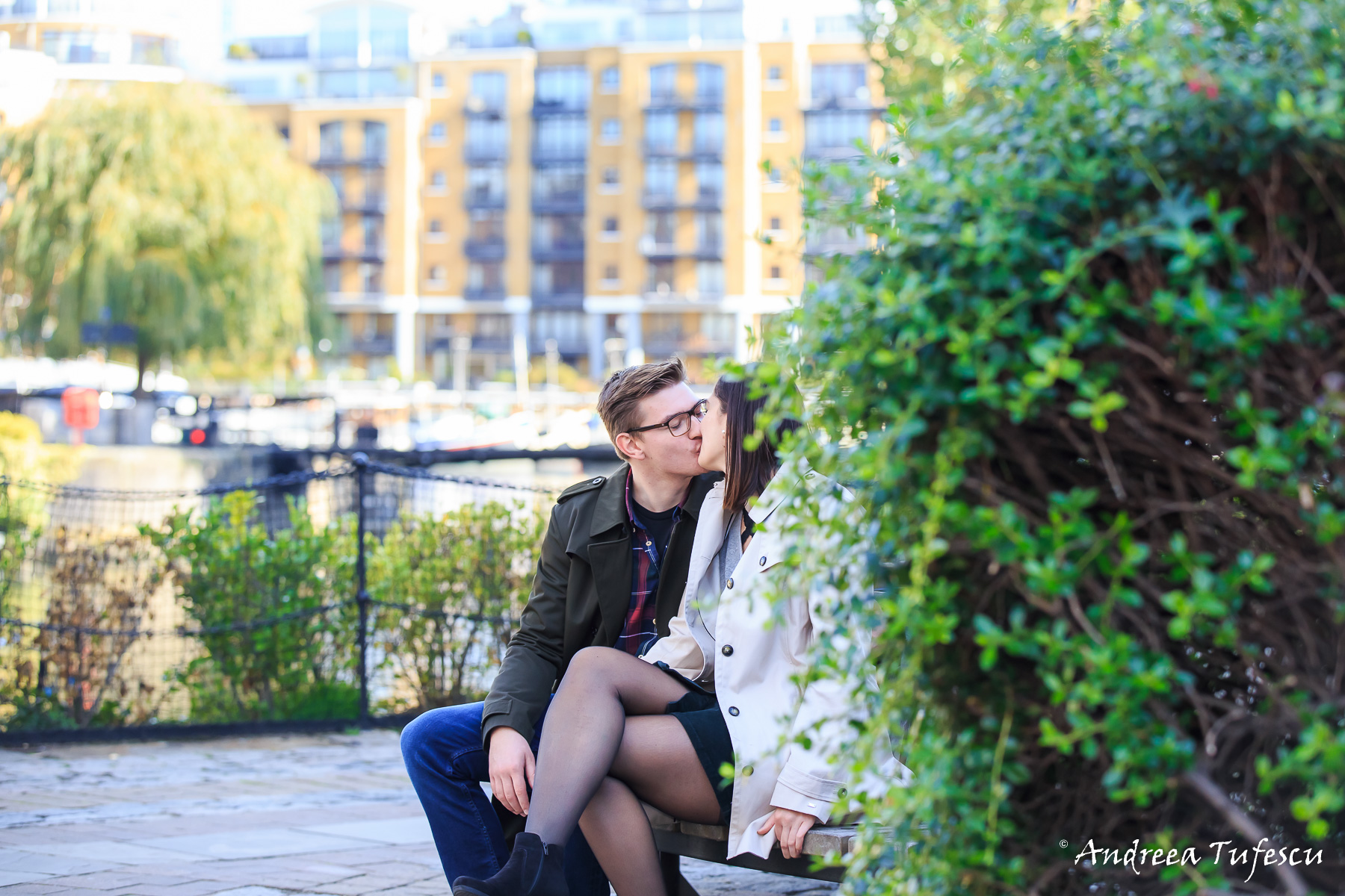 Couple Photoshoot Central London St Katharine's Docks S & T