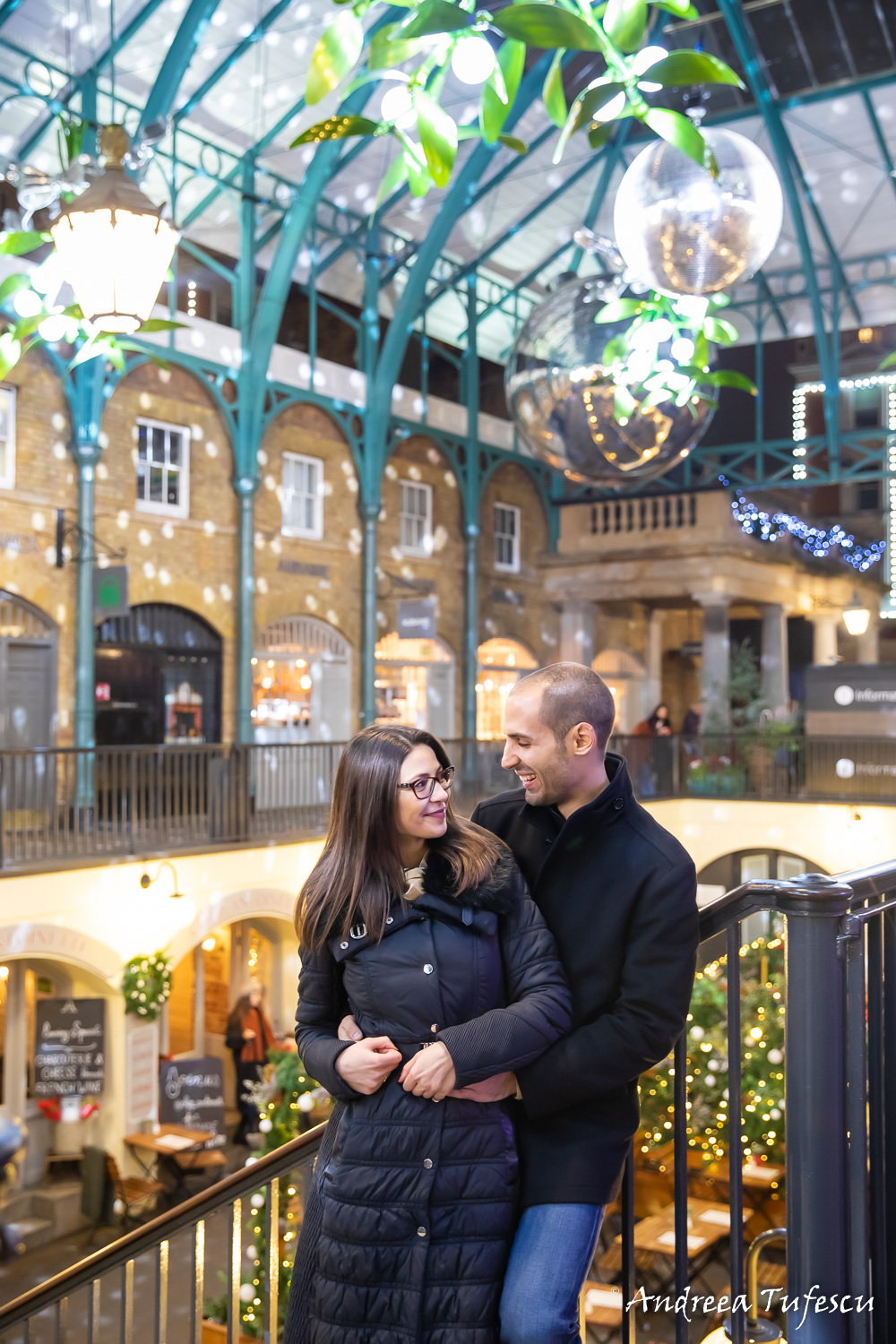 Couple Photoshoot Central London Covent Garden at Christmas time I & A