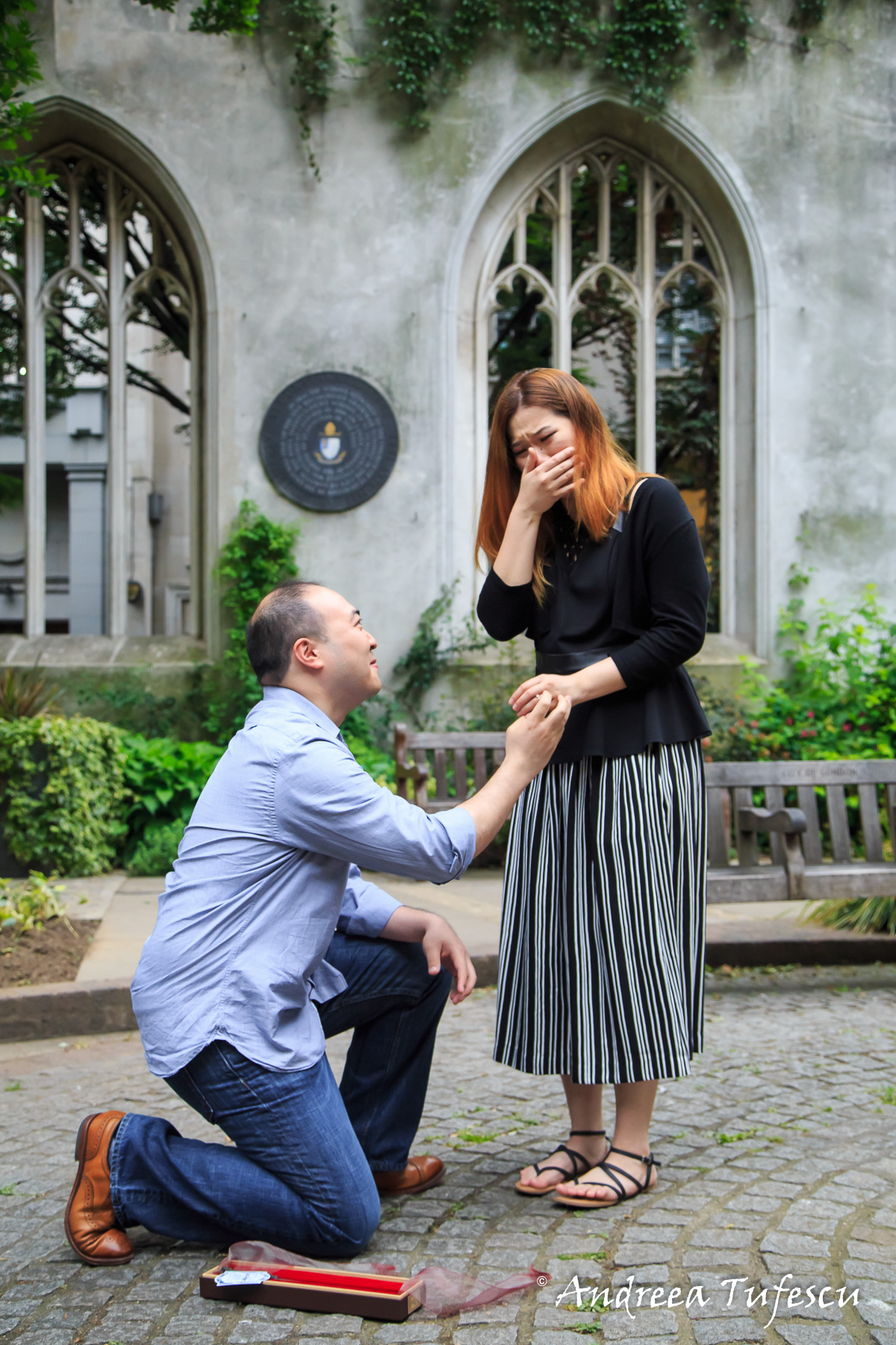 Proposal Photoshoot Central London St Dunstan in the East H & R