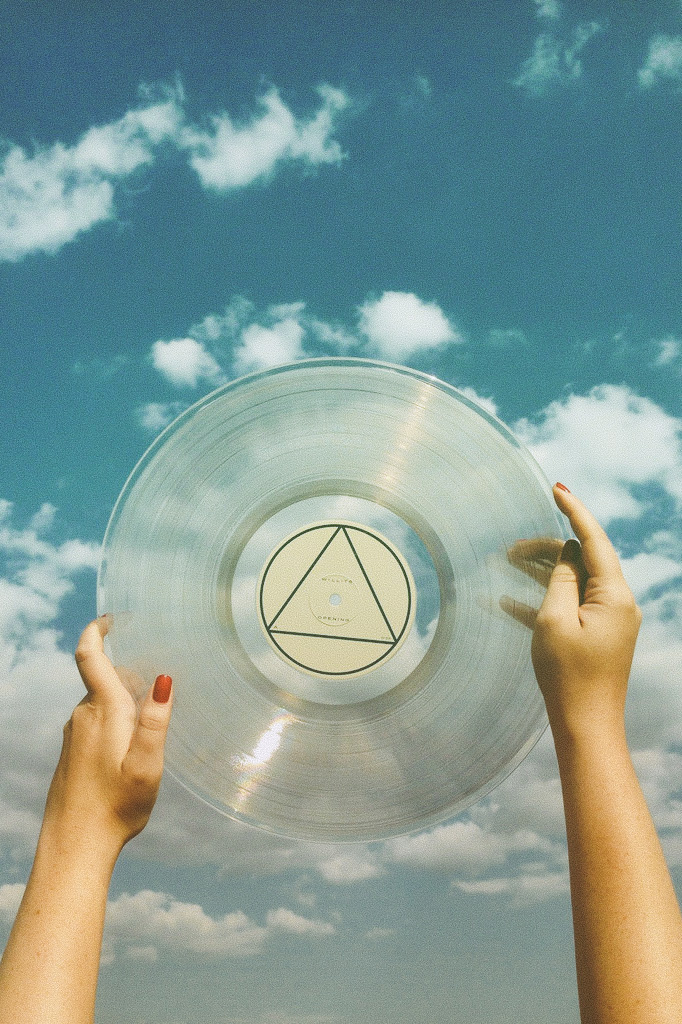 Willits_OPENING_Physical_Album-ClearVinyl_LP_1.jpg