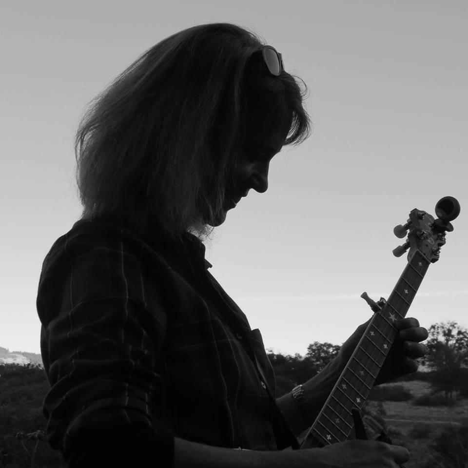 black and white banjo.jpg
