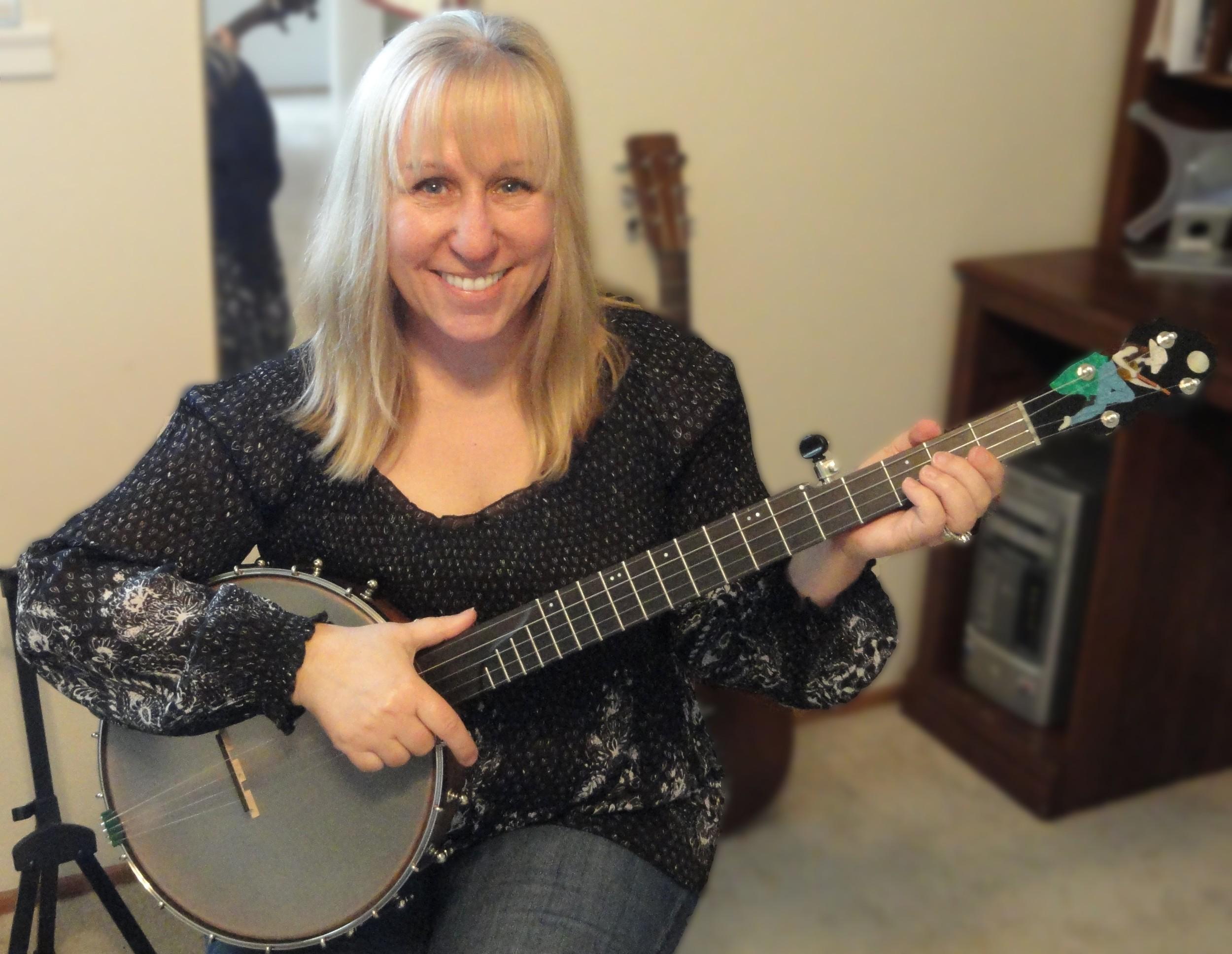 Cheryl Calhoun Banjo.jpg