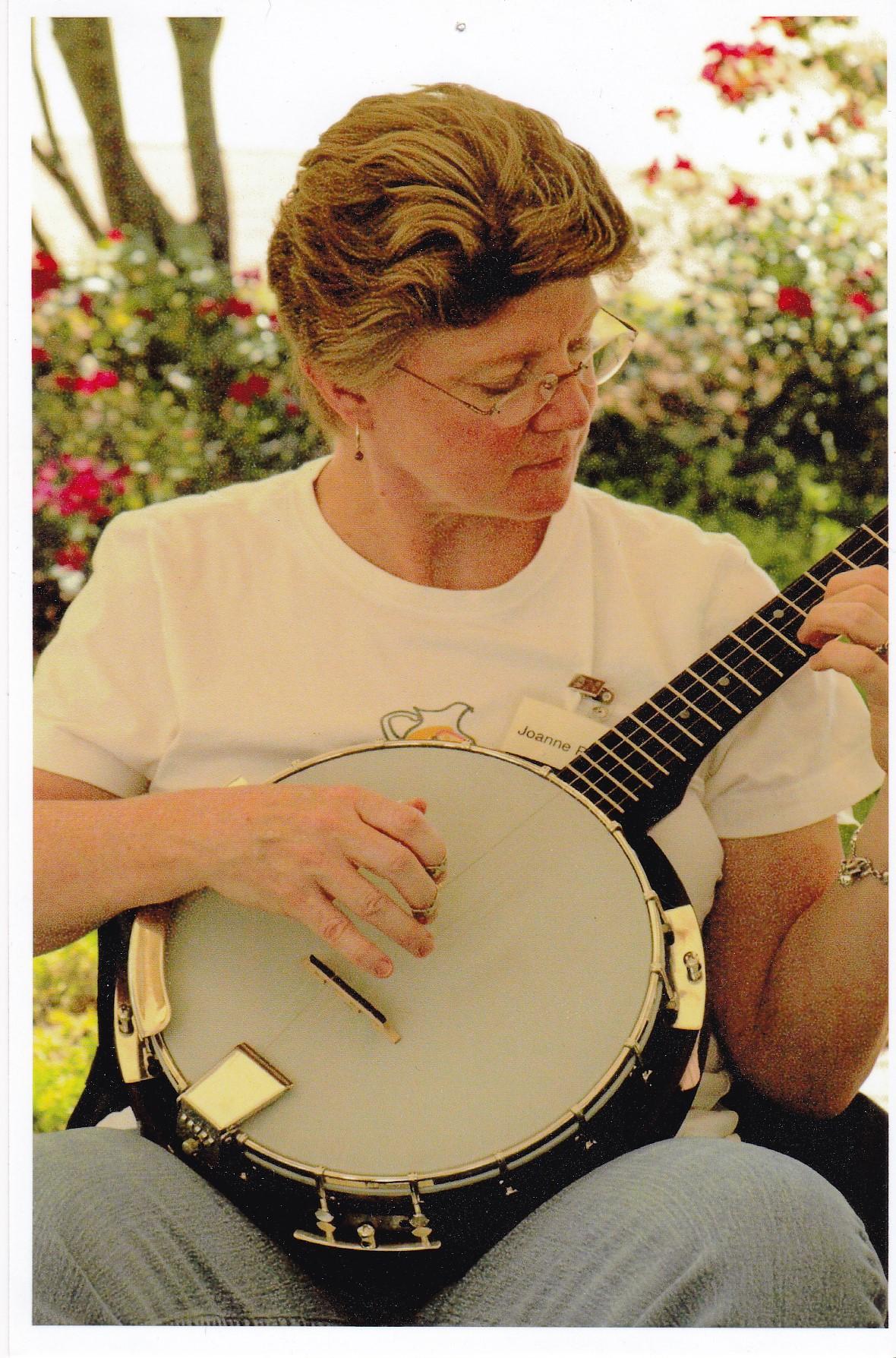joanne-banjo.jpg