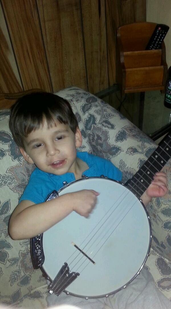 mathew_banjo.jpg