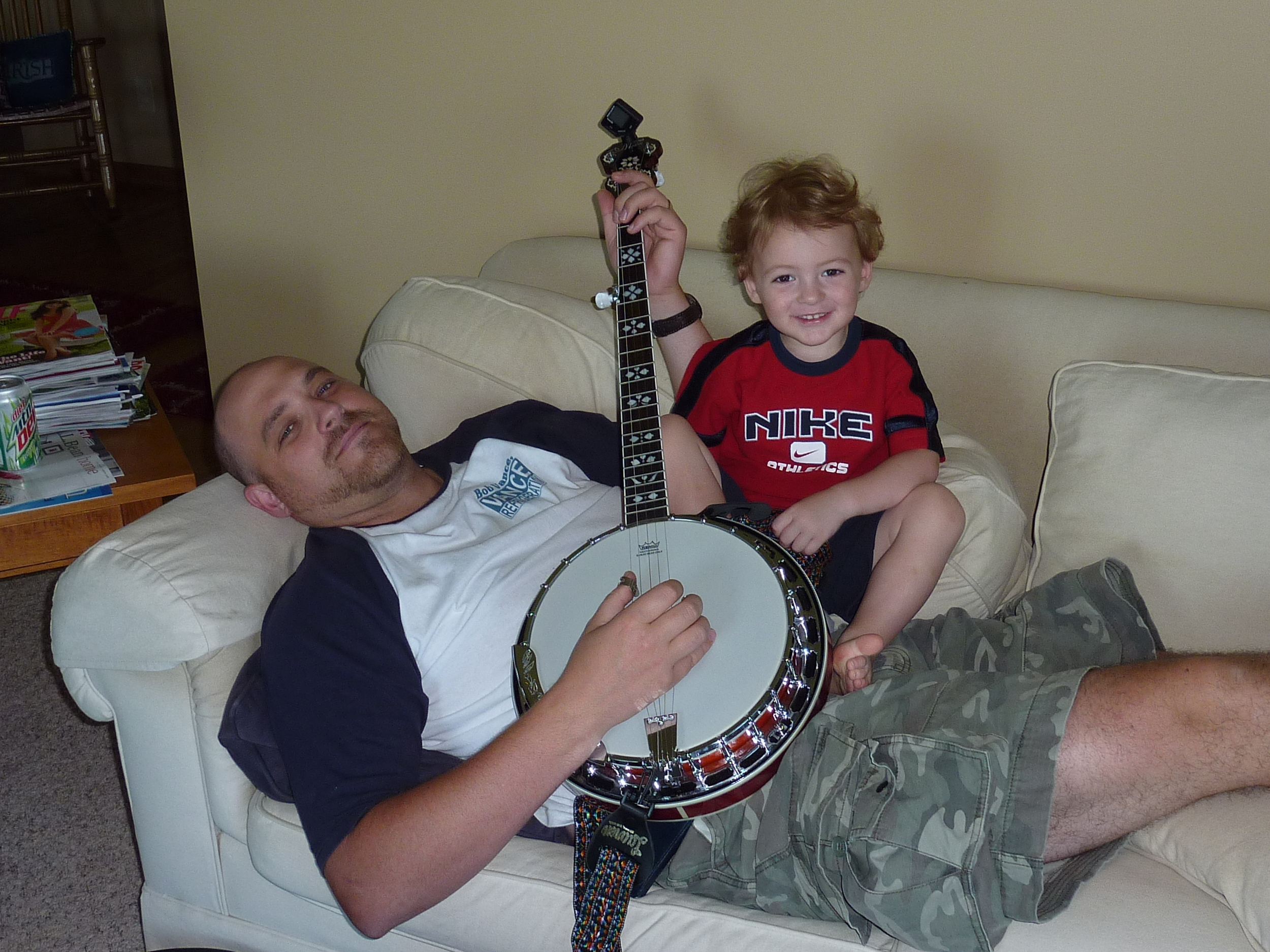 VanceAndLuke_banjo.JPG