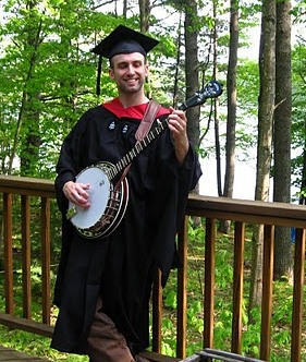 Graduation_Banjo.jpg