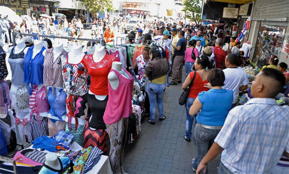 Aumento del desempleo configura un país de buhoneros — El Mercurio ...