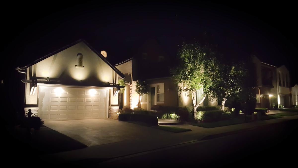Optimized-Aliso+Viejo+LED+Landscape+LIghting+Far+from+the+normal.jpg