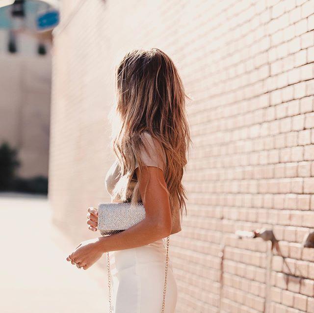 Chic & elegant. ✨ 📸: @skynaite