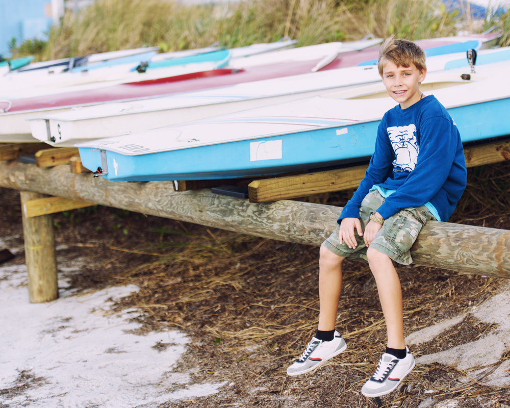 Sitting boats