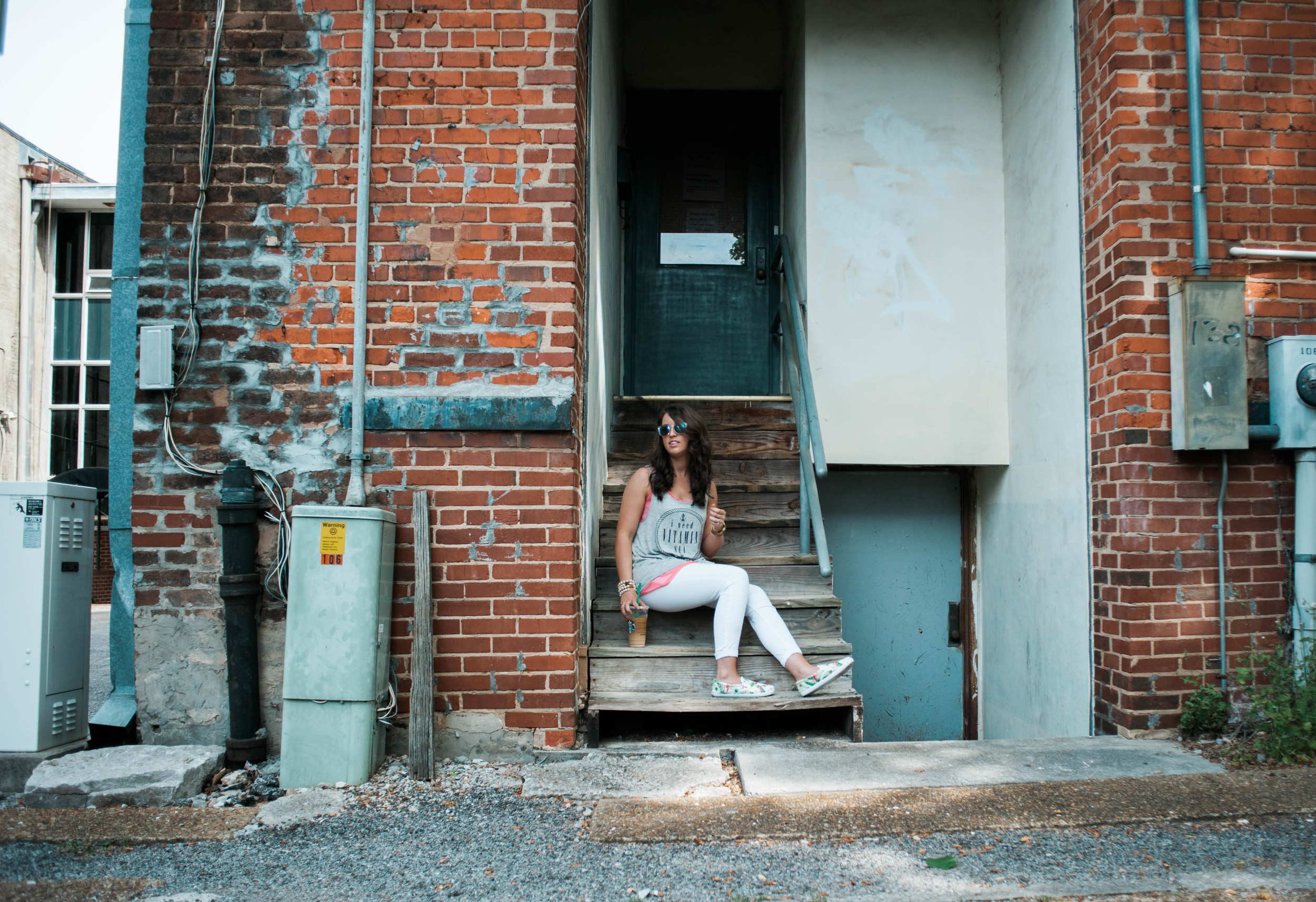 Sincerely_qinley_downtown_huntsville_photoshoot_with_m.newsom_photography_bangles_fashion_photography