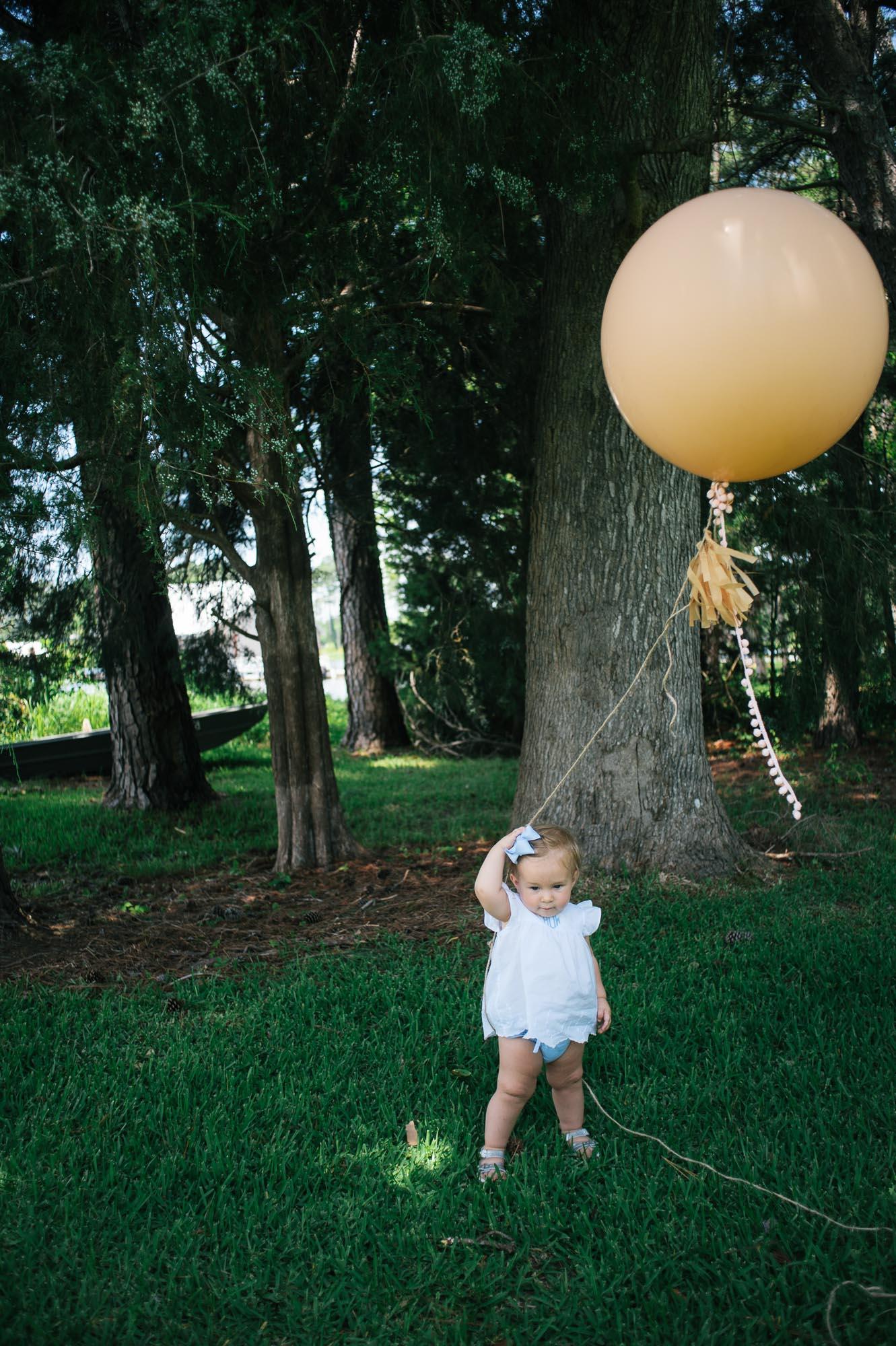 m.newsom-photography-one-year-old-girls-birthday-party-ideas-alice-in-wonderland (24 of 42).jpg