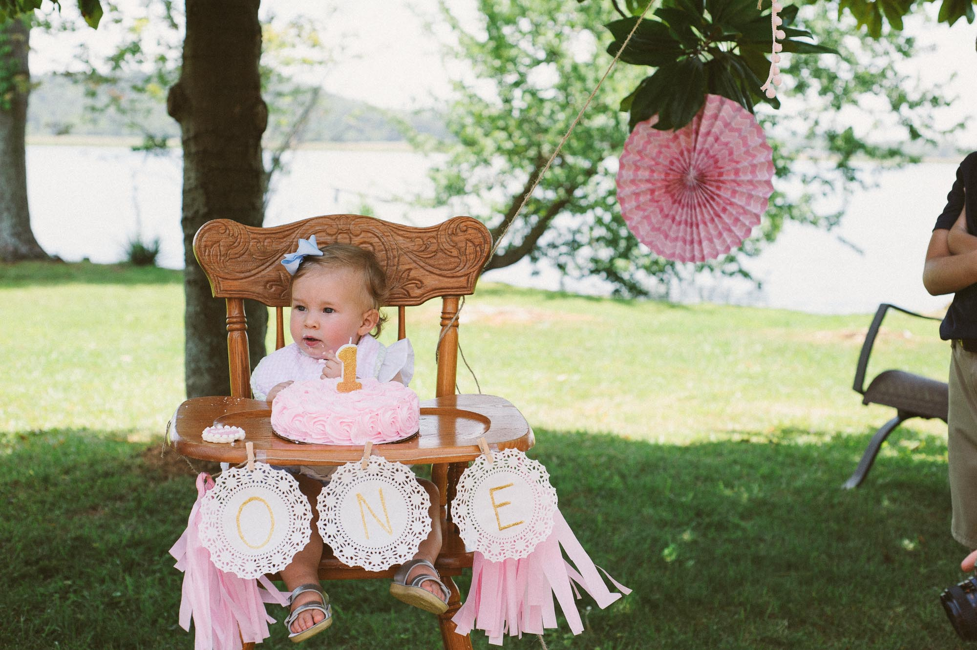 m.newsom-photography-one-year-old-girls-birthday-party-ideas-alice-in-wonderland (36 of 42).jpg