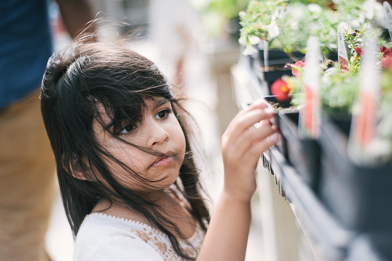 savannah-family-photographer-family-photographer-in-savannah-georgia-hazel-and-scout-m-mewsom-photography-family-photos-in-a-greenhouse- (49 of 54).jpg