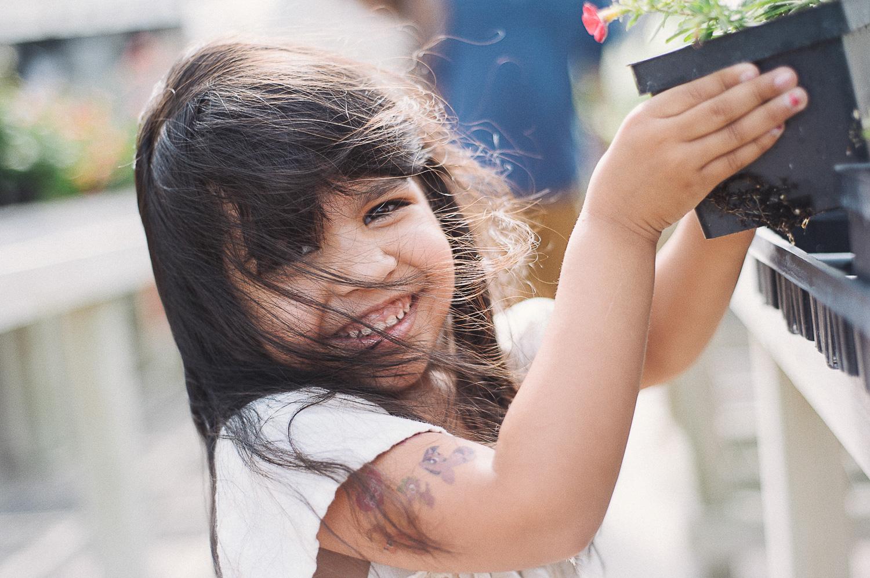 savannah-family-photographer-family-photographer-in-savannah-georgia-hazel-and-scout-m-mewsom-photography-family-photos-in-a-greenhouse- (50 of 54).jpg
