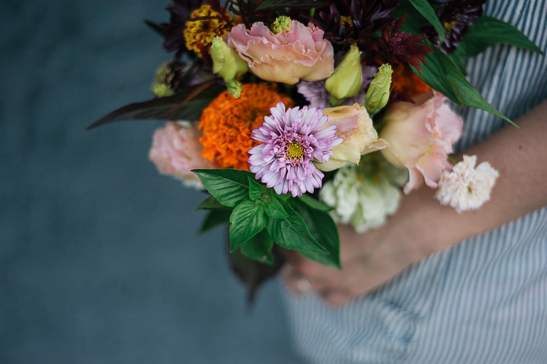 savannah-wedding-photographer-wedding-photographer-in-savannah-georgia-sisters-of-nature-block-party-the-farmers-florist-nashville-tennessee- (25 of 38).jpg