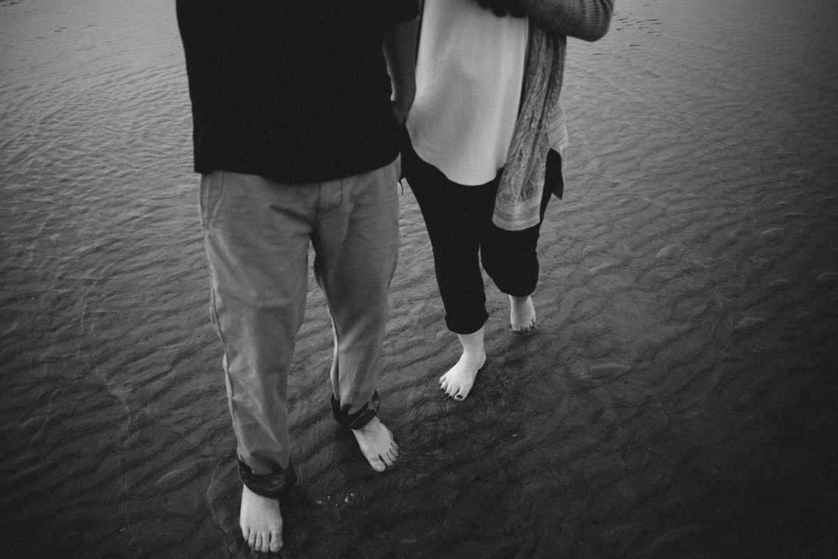 savannah-engagement-photographer-engagement-session-on-tybee-island-savannah-wedding-photographer-tybee-island-wedding-photographer