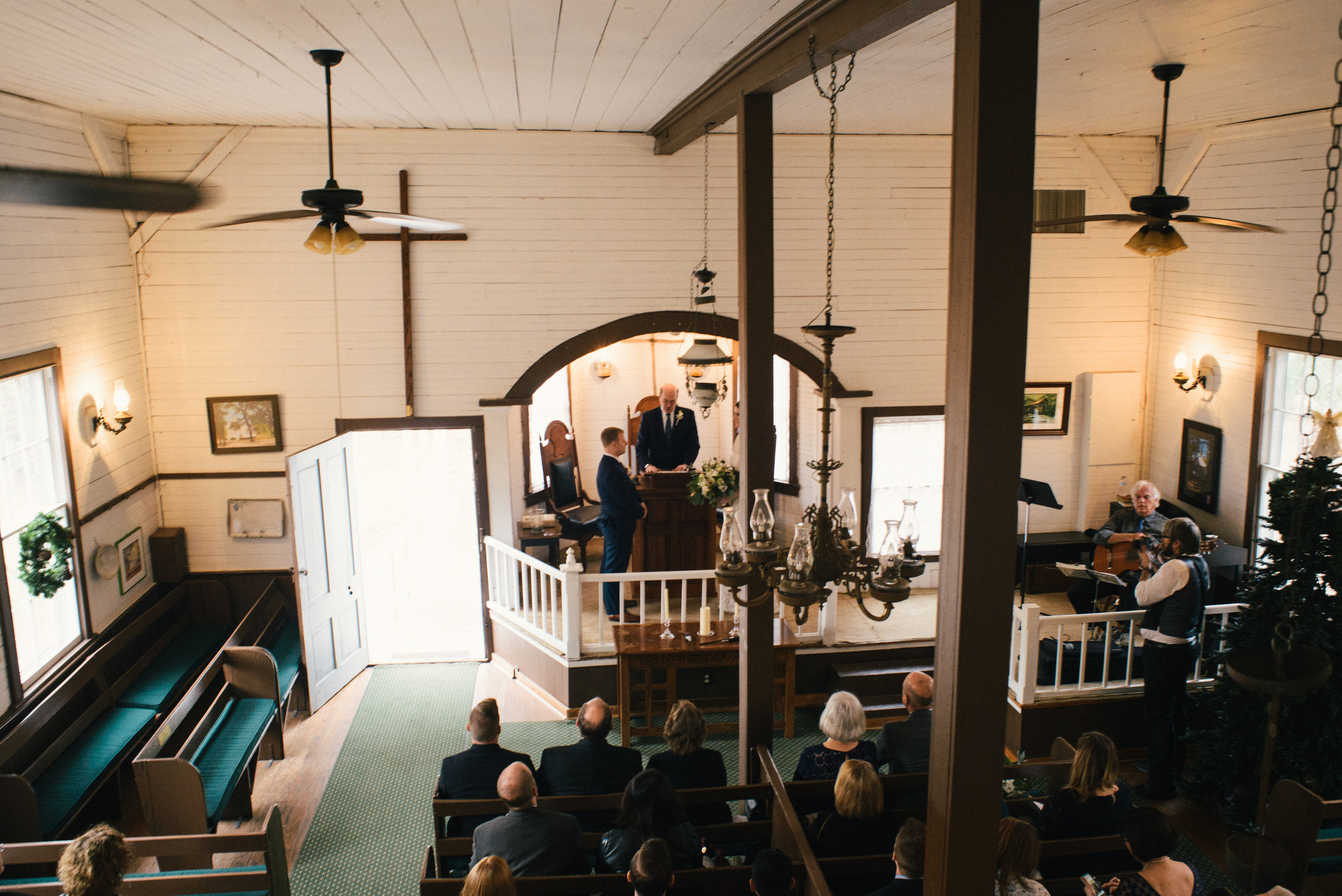 emily-and-david-daufuskie-island-wedding-december-wedding-meg-hill-photo- (129 of 728).jpg