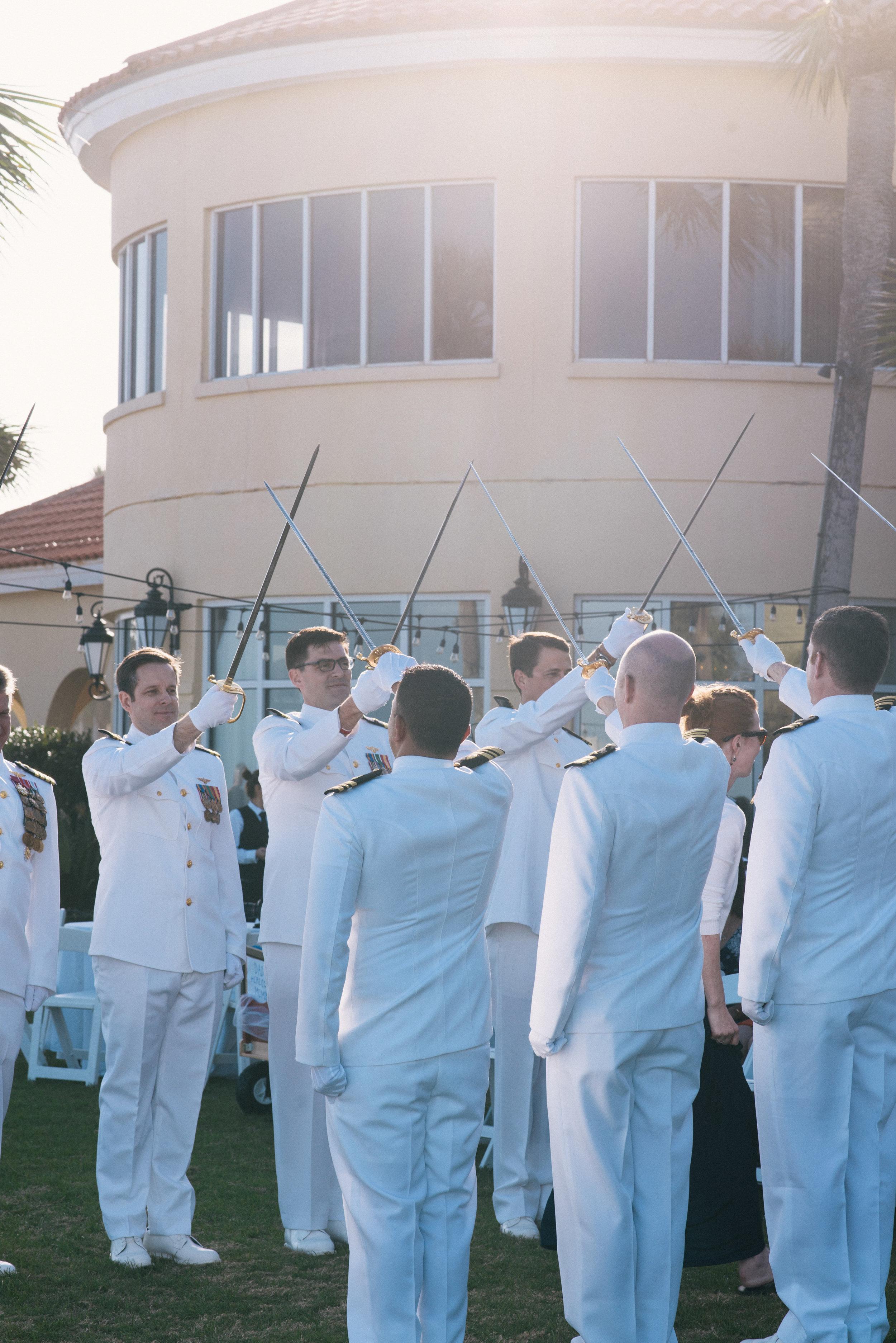 st-simons-island-elopement-photographer-savannah-elopement-photography-savannah-georgia-elopement-photographer-savannah-wedding-photographer-meg-hill-photo-jade-hill- (40 of 72).jpg