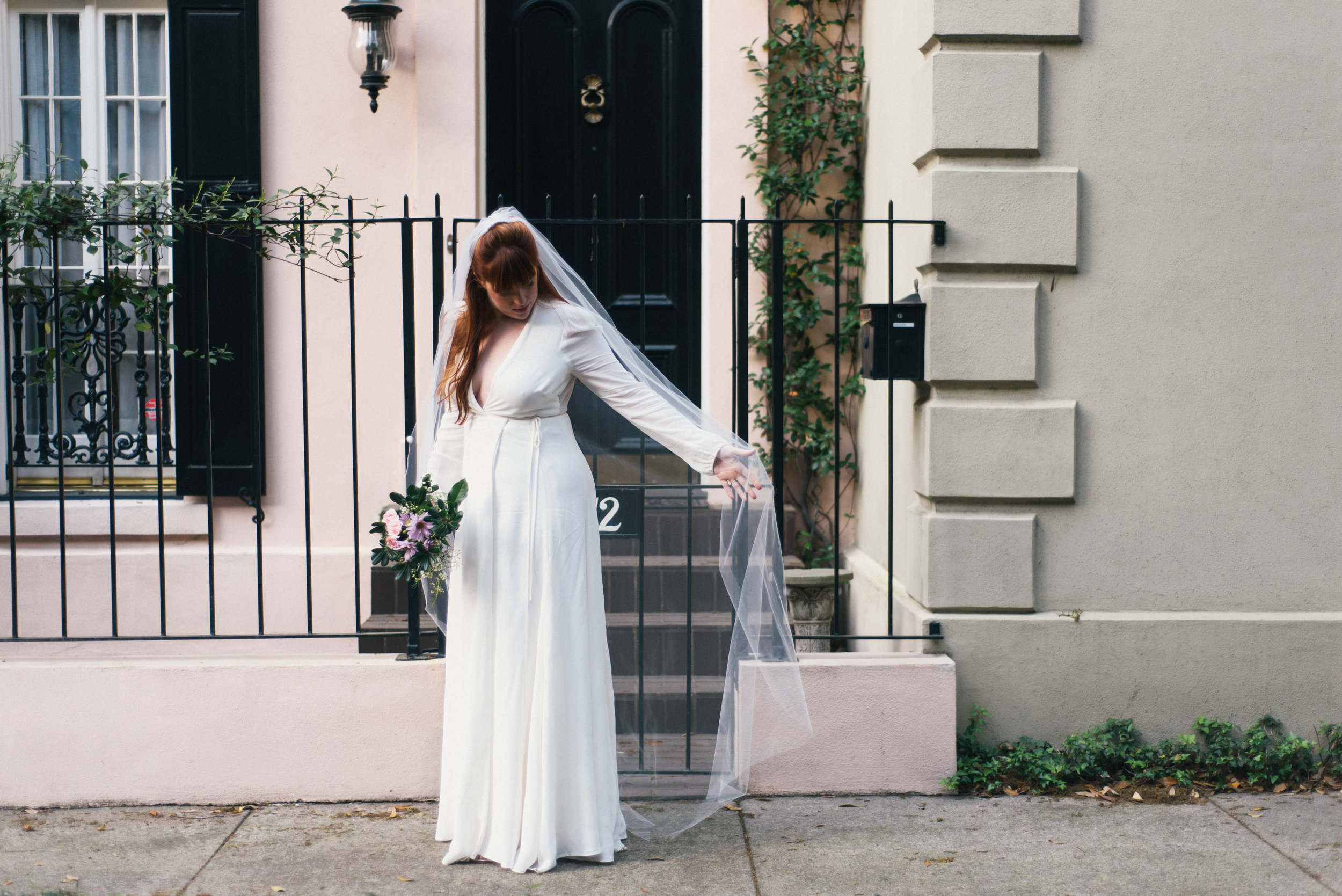 savannah-elopement-photography-savannah-georgia-elopement-photographer-savannah-wedding-photographer-meg-hill-photo-jade-hill- (46 of 58).jpg