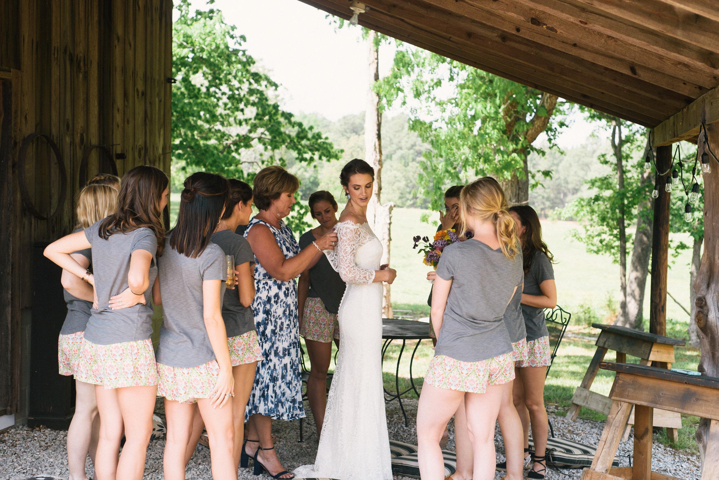 raleigh-elopement-photographer-raleigh-durham-wedding-maddie-and-devin- (11 of 162).jpg