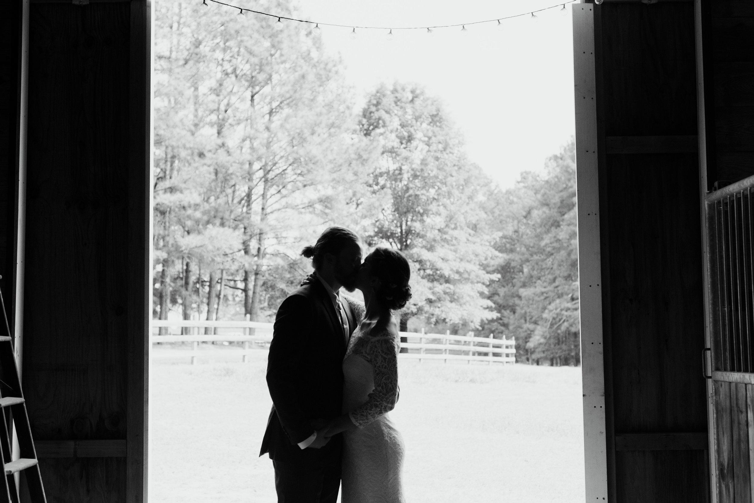 raleigh-elopement-photographer-raleigh-durham-wedding-maddie-and-devin- (21 of 162).jpg