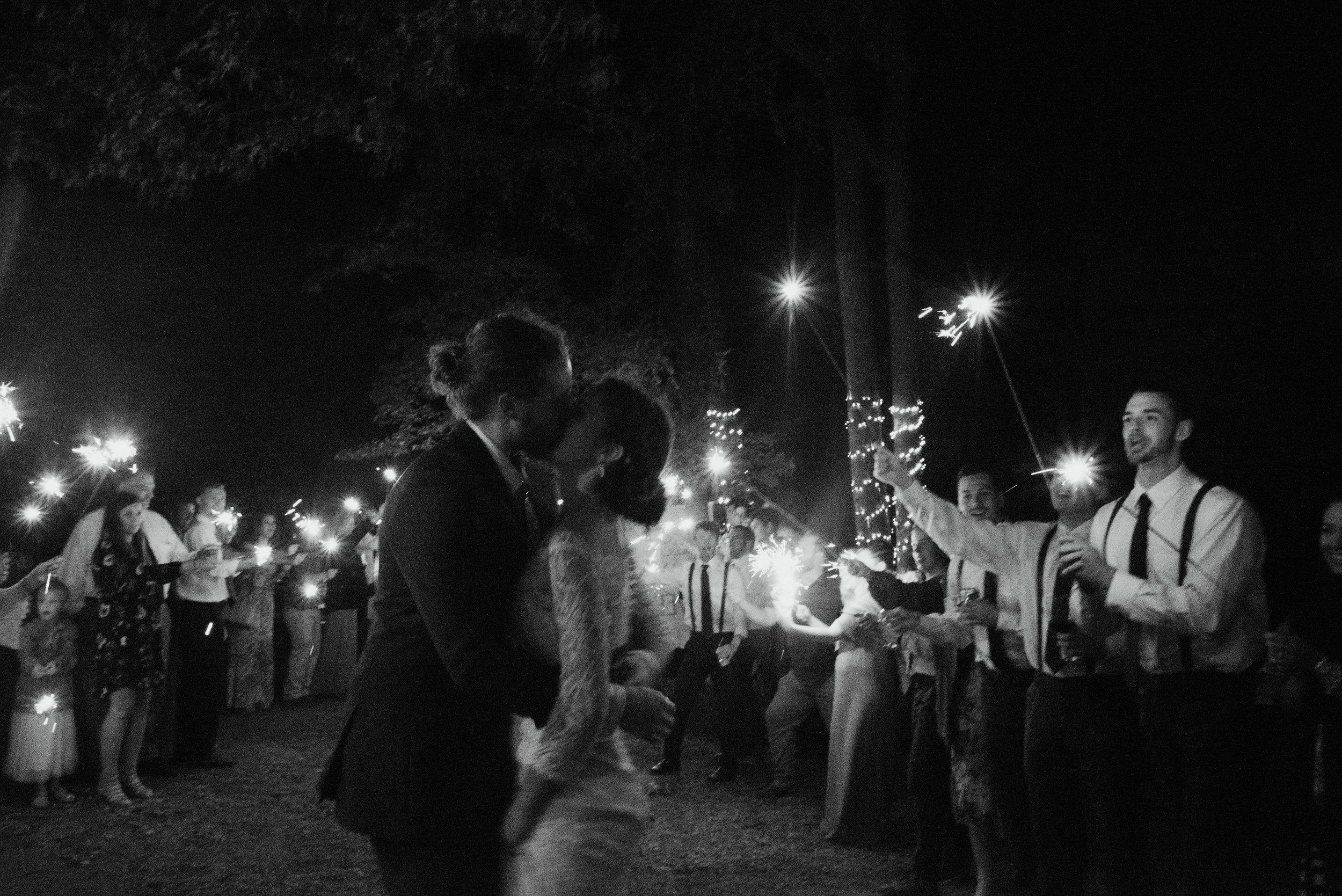 raleigh-elopement-photographer-raleigh-durham-wedding-maddie-and-devin- (160 of 162).jpg