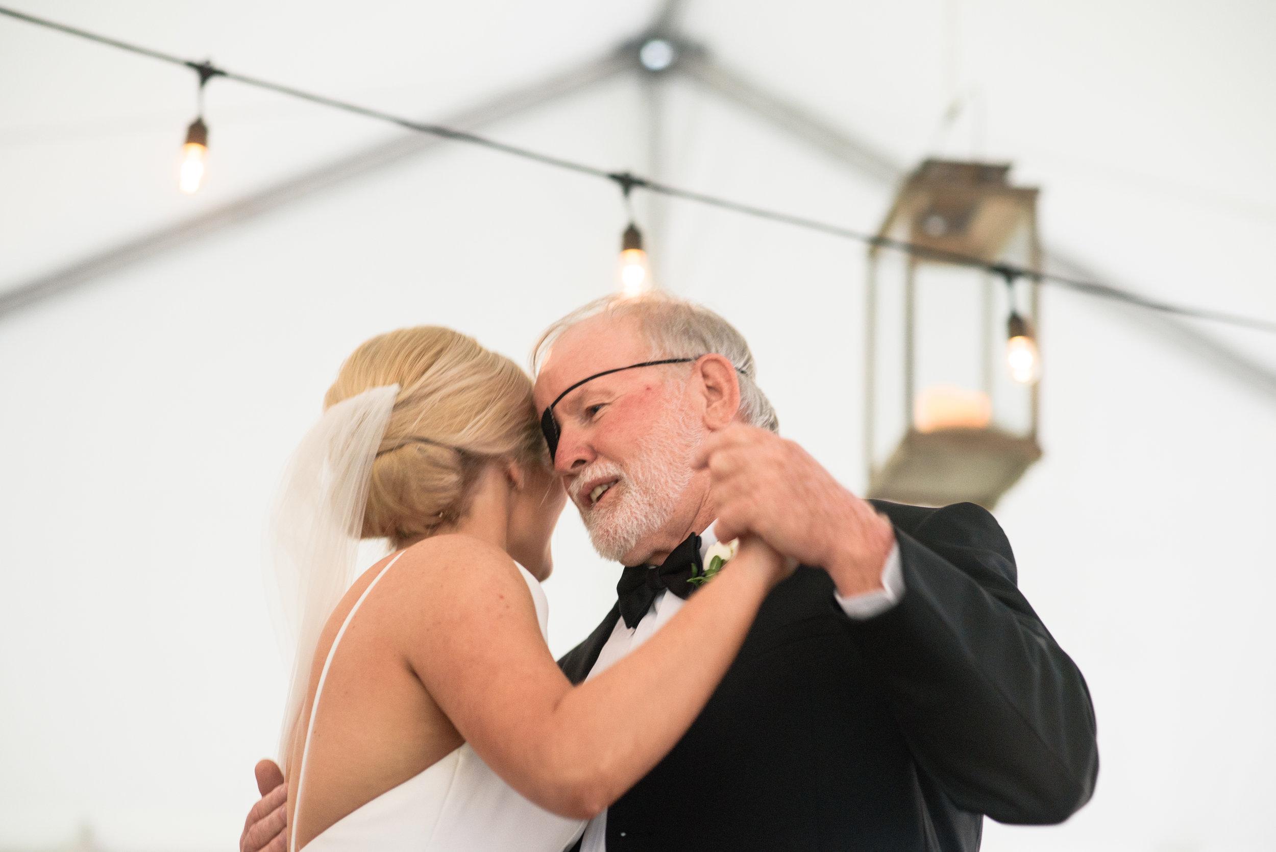 ali-and-jared-savannah-georgia-may-2017-wedding-meg-hill-photo-(609of760).jpg