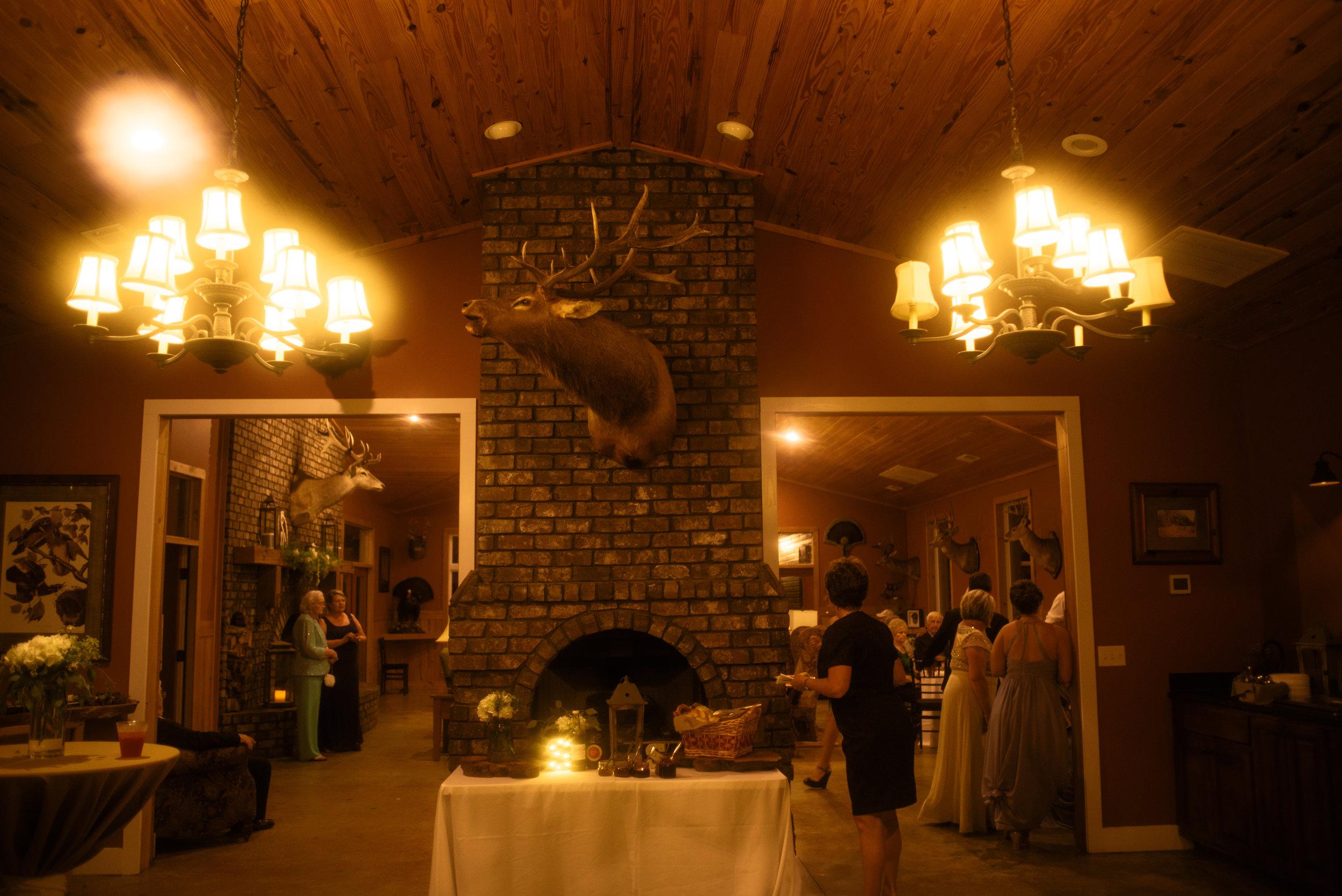 ali-and-jared-savannah-georgia-may-2017-wedding-meg-hill-photo-(708of760).jpg