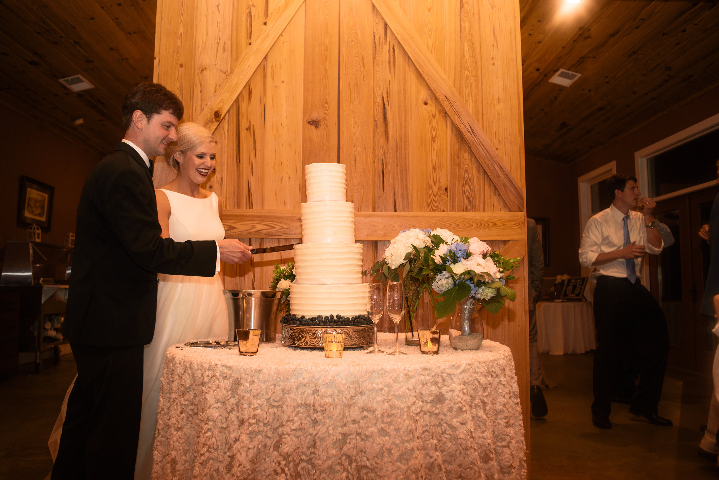 ali-and-jared-savannah-georgia-may-2017-wedding-meg-hill-photo-(735of760).jpg