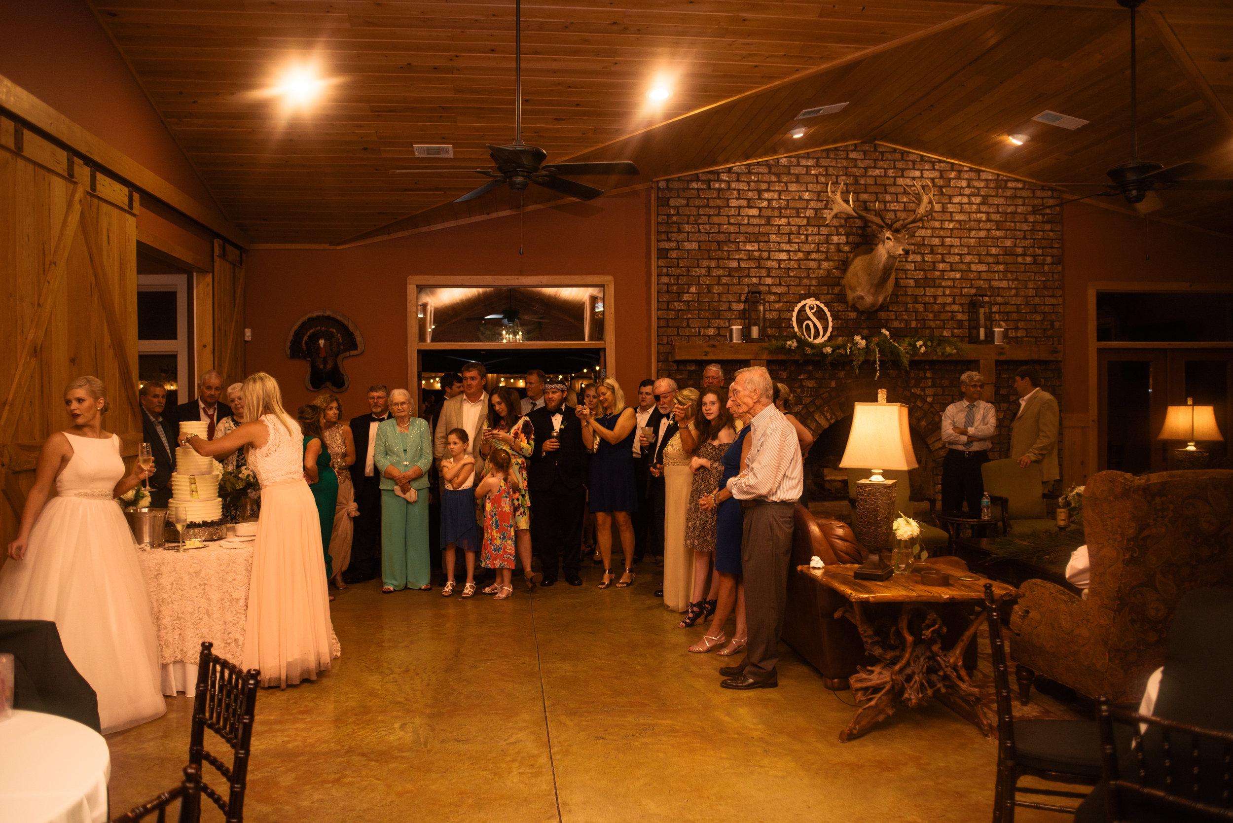 ali-and-jared-savannah-georgia-may-2017-wedding-meg-hill-photo-(756of760).jpg