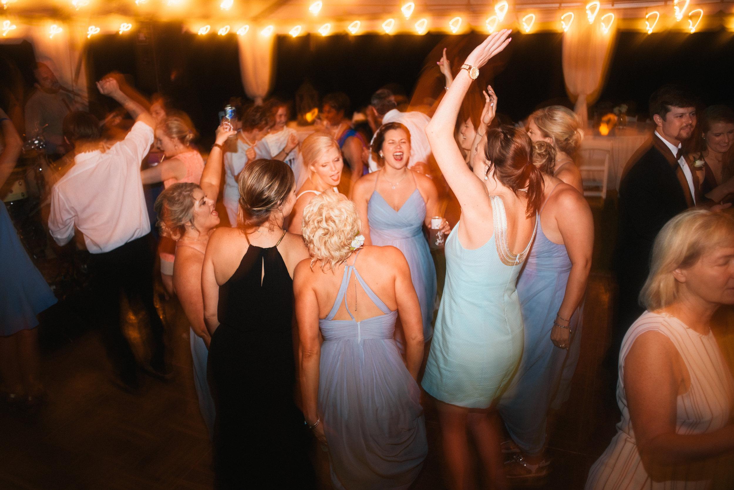 ali-and-jared-savannah-georgia-may-2017-wedding-meg-hill-photo-(786of31).jpg